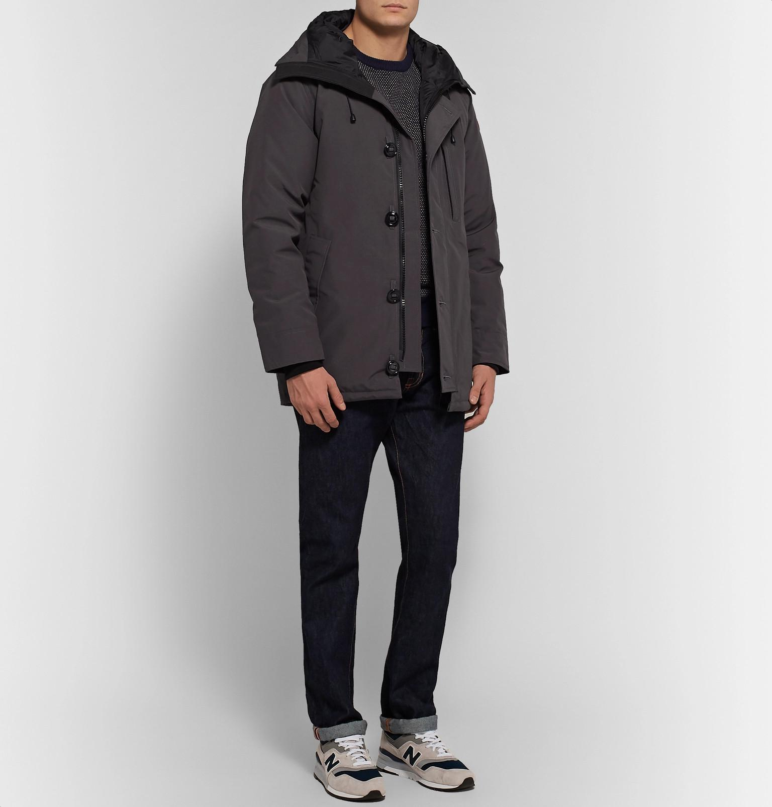 bf4f9bf5e7 canada-goose-anthracite-Chateau-Shell-Hooded-Down-Parka.jpeg
