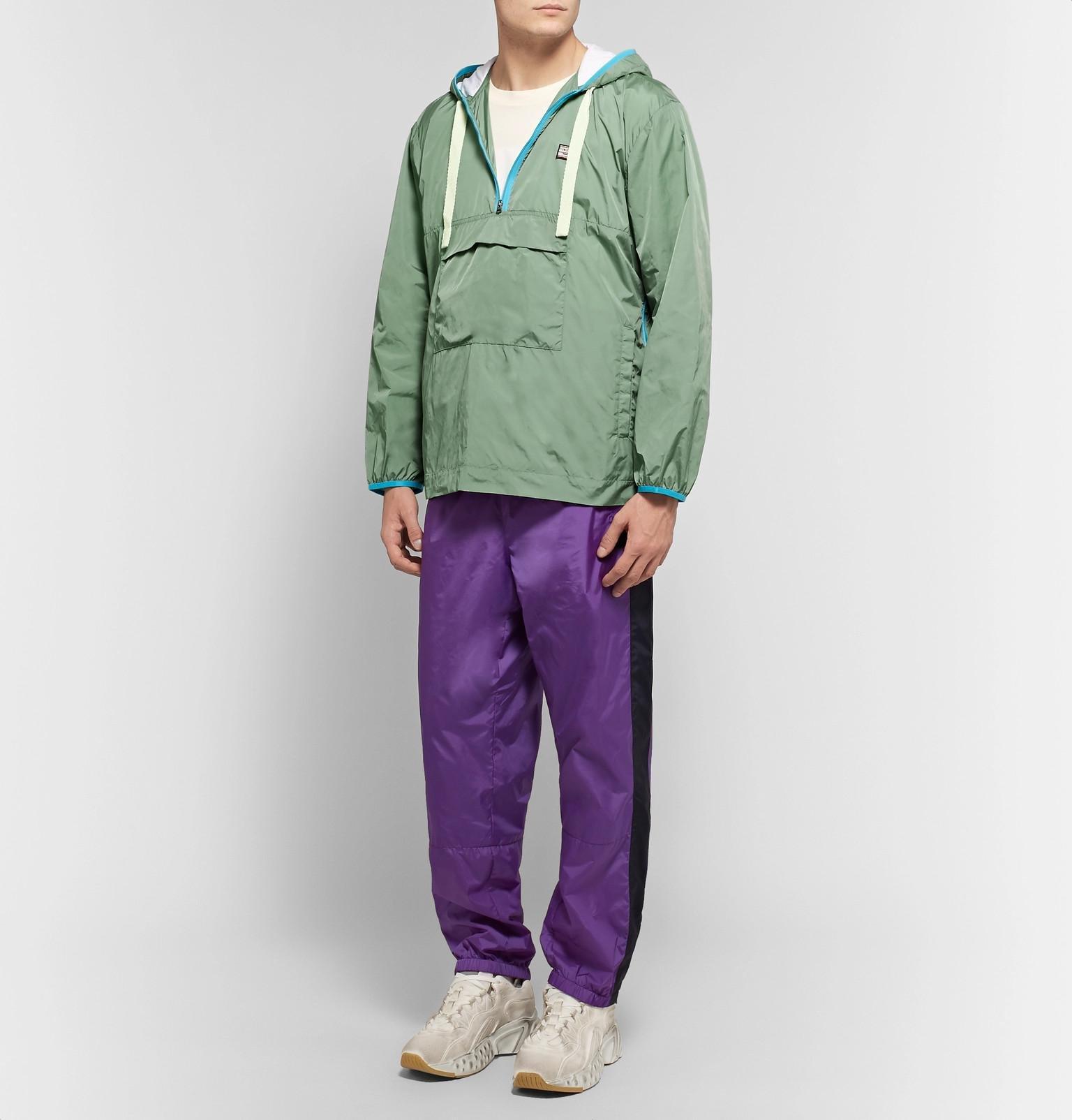 b3c95e12003370 acne-gray-green-Osaze-Logo-appliqued-Nylon-Hooded-Anorak.jpeg