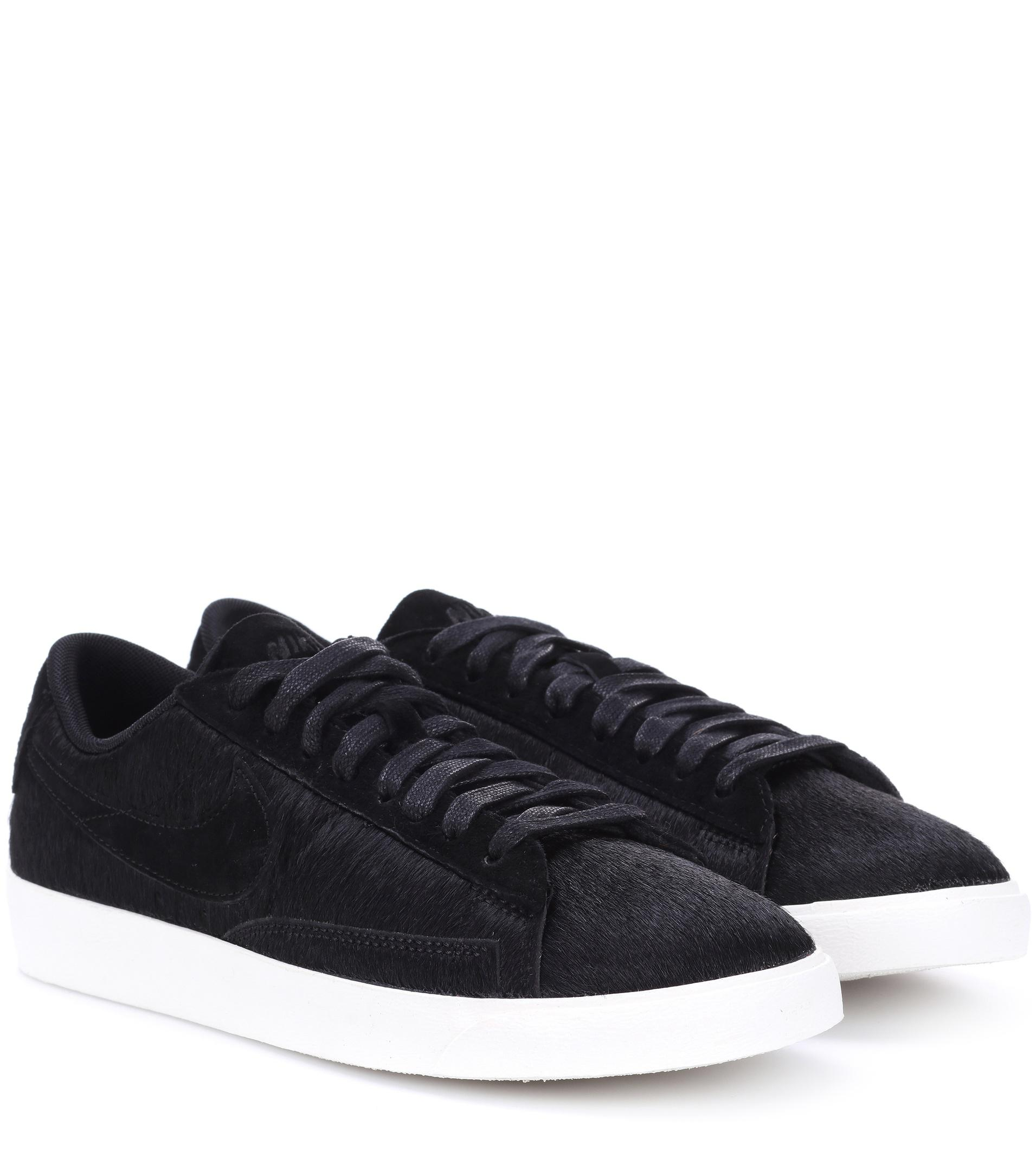 Nike. Women's Black Blazer Low Calf Hair Sneakers