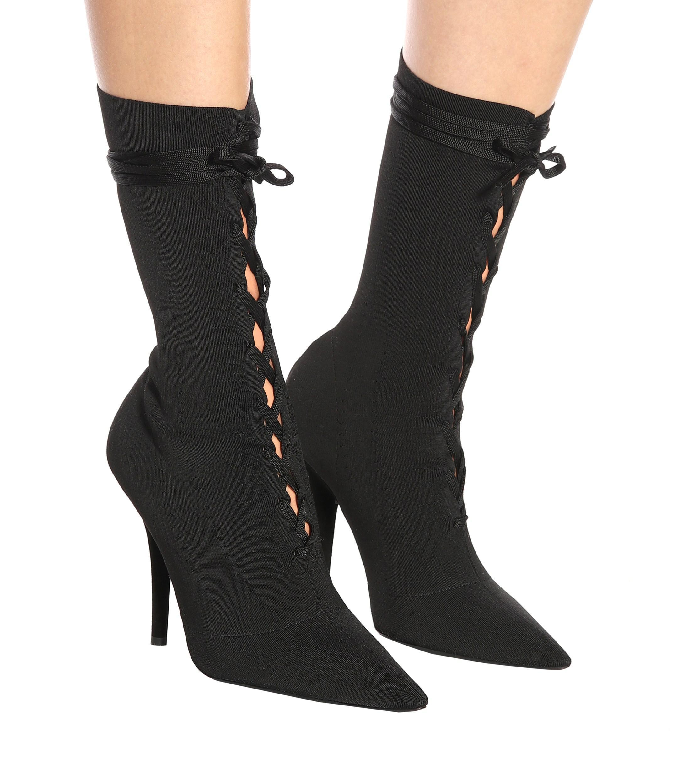 92fd25134ea4 Yeezy - Black Lace-up Knit Ankle Boots (season 5) - Lyst. View fullscreen