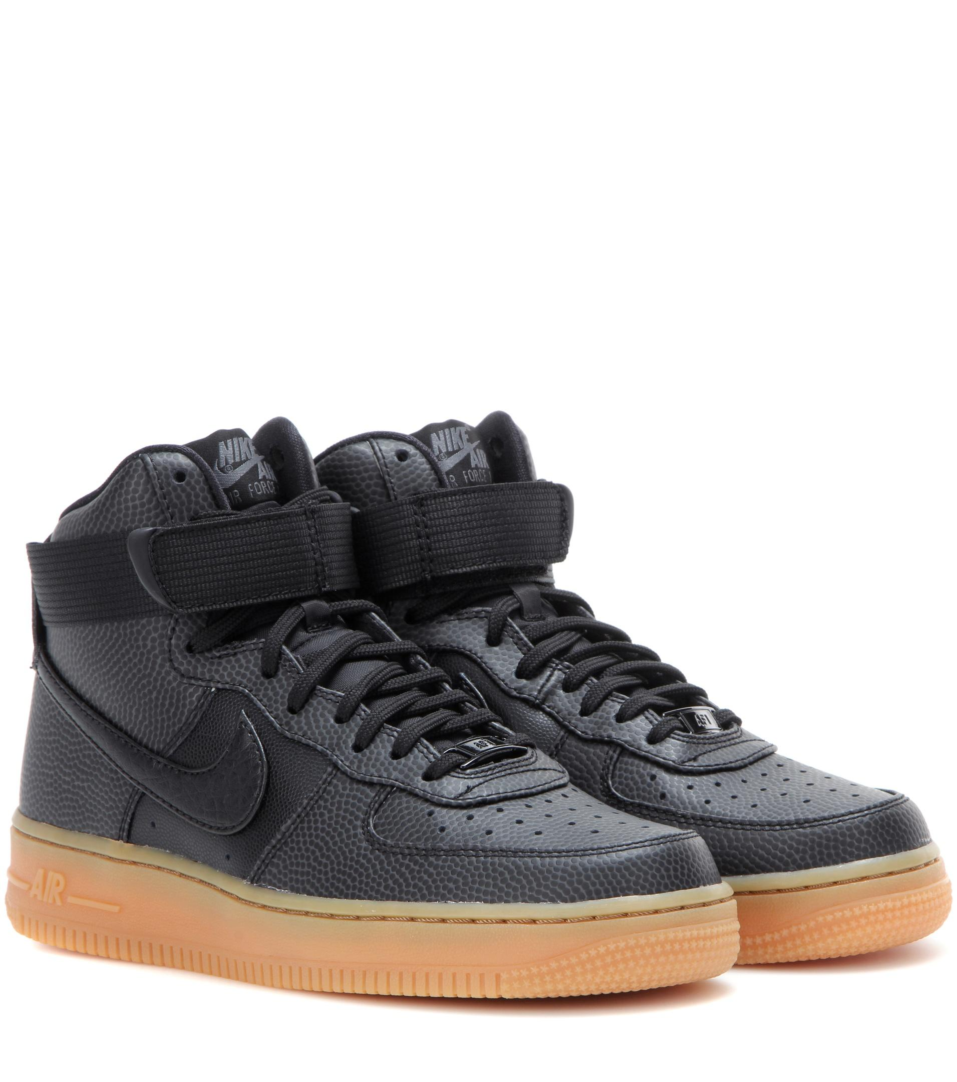 8f0b9fe491d Gallery. Previously sold at  Mytheresa · Women s Nike Air Force ...