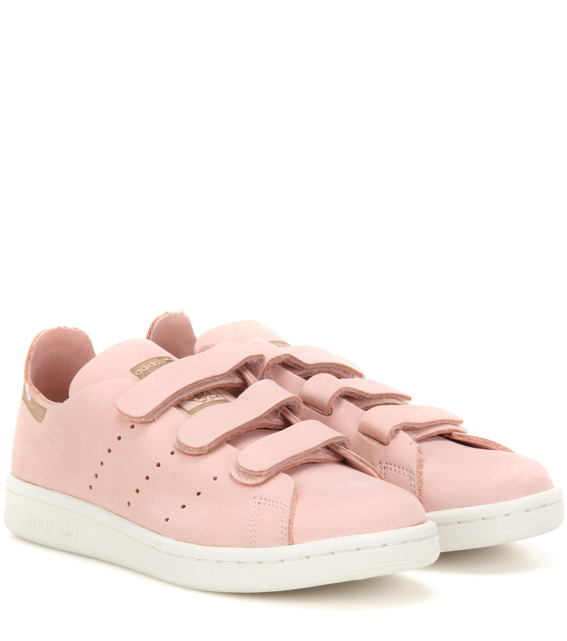 purchase cheap d76df 88e0a Lyst - adidas Originals Low-tops   Sneakers in Pink