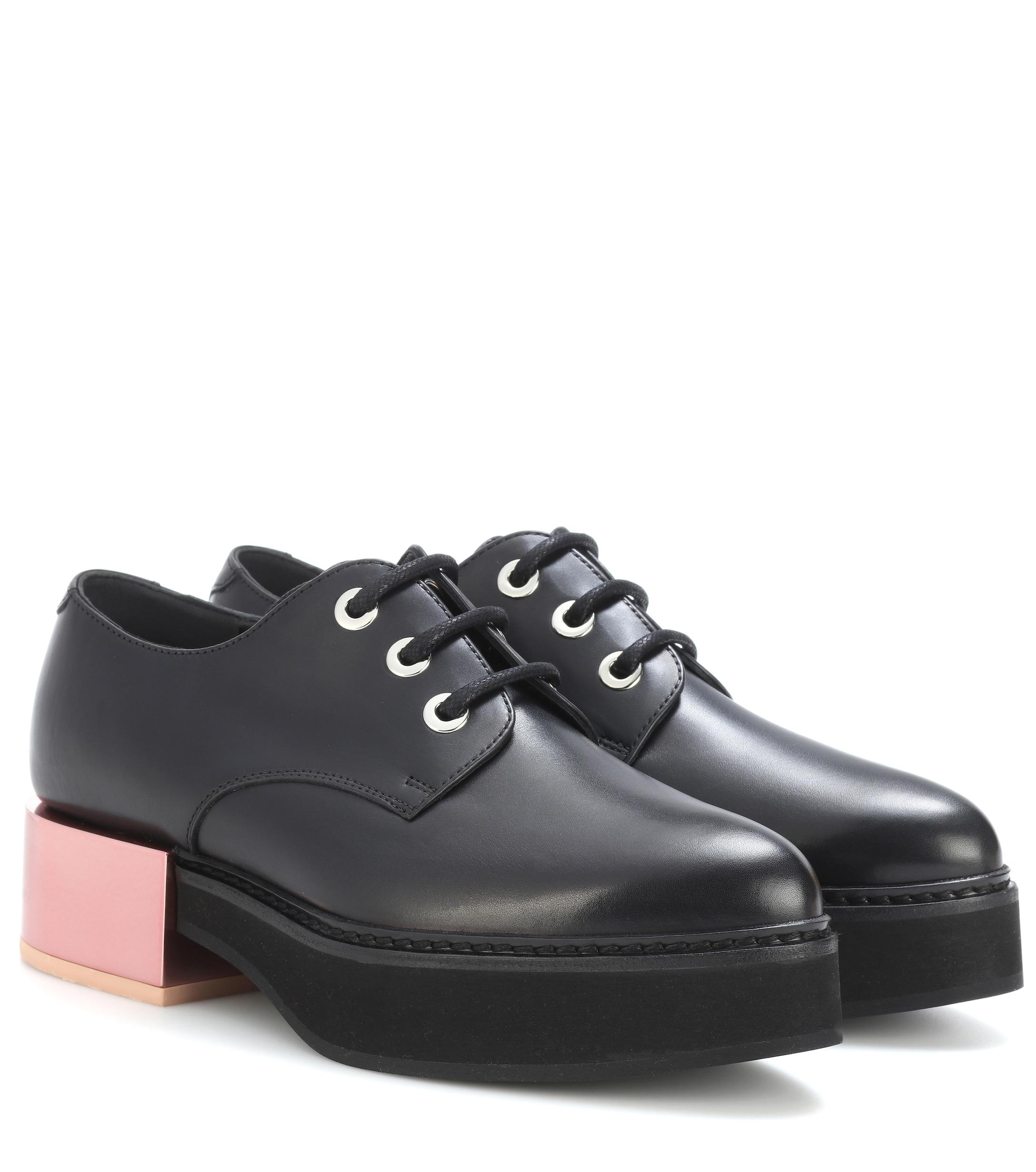 4eeb7b2e13a7 Alexander McQueen Leather Platform Derby Shoes in Black - Lyst