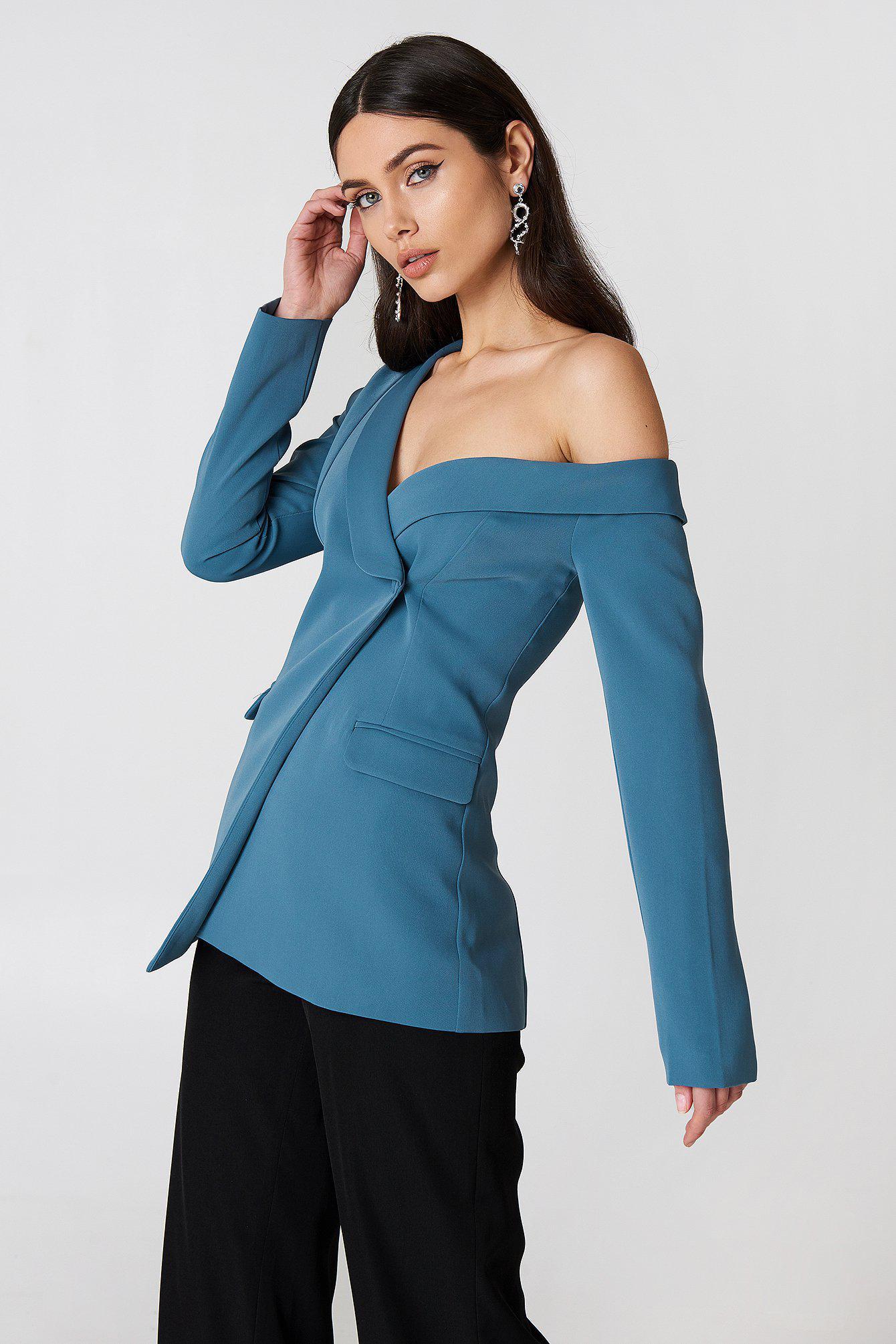 1895af4ad979 Lavish Alice Cold Shoulder Blazer in Blue - Lyst