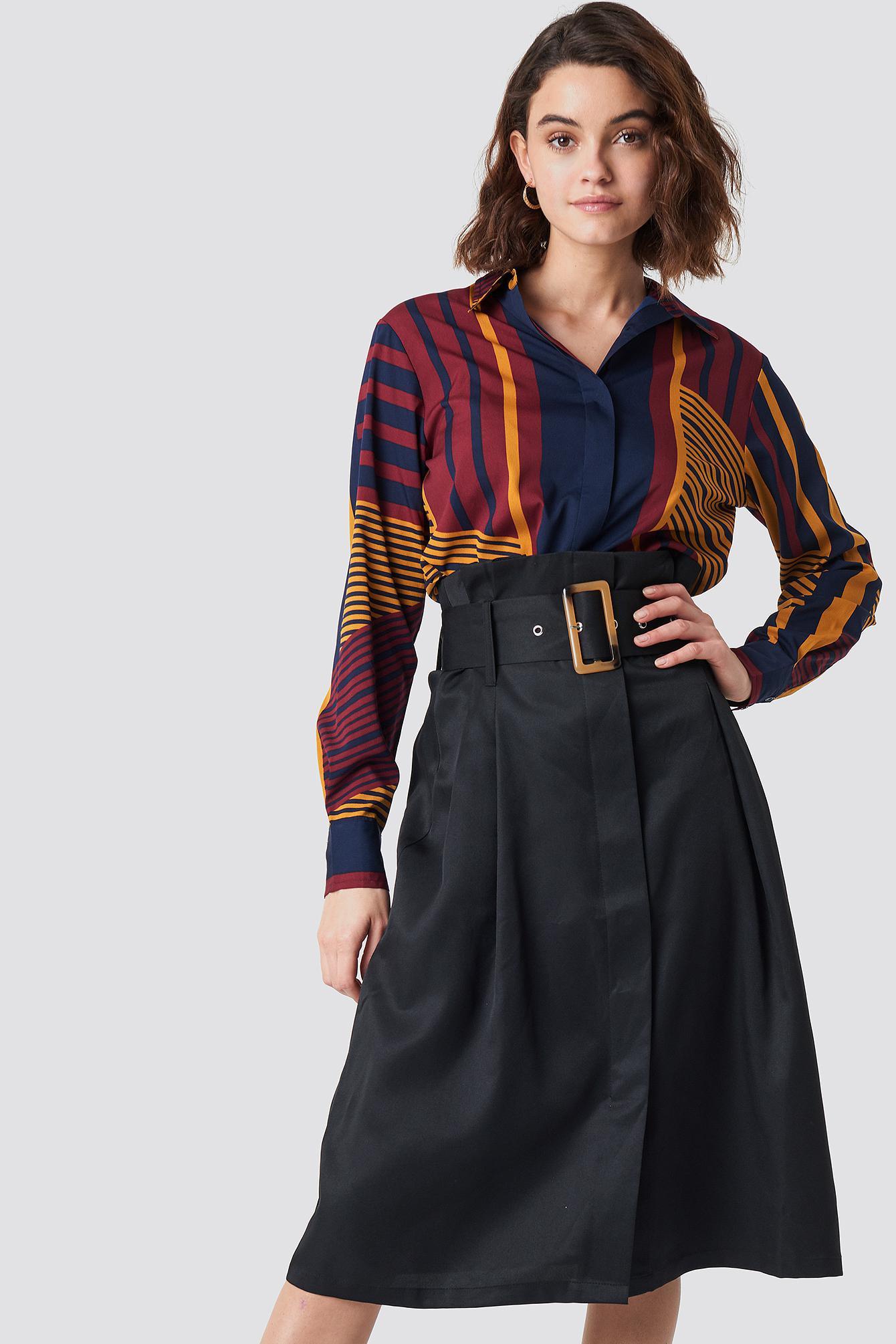 2686af61e113 NA-KD Paperbag Detail Midi Skirt Black in Black - Lyst