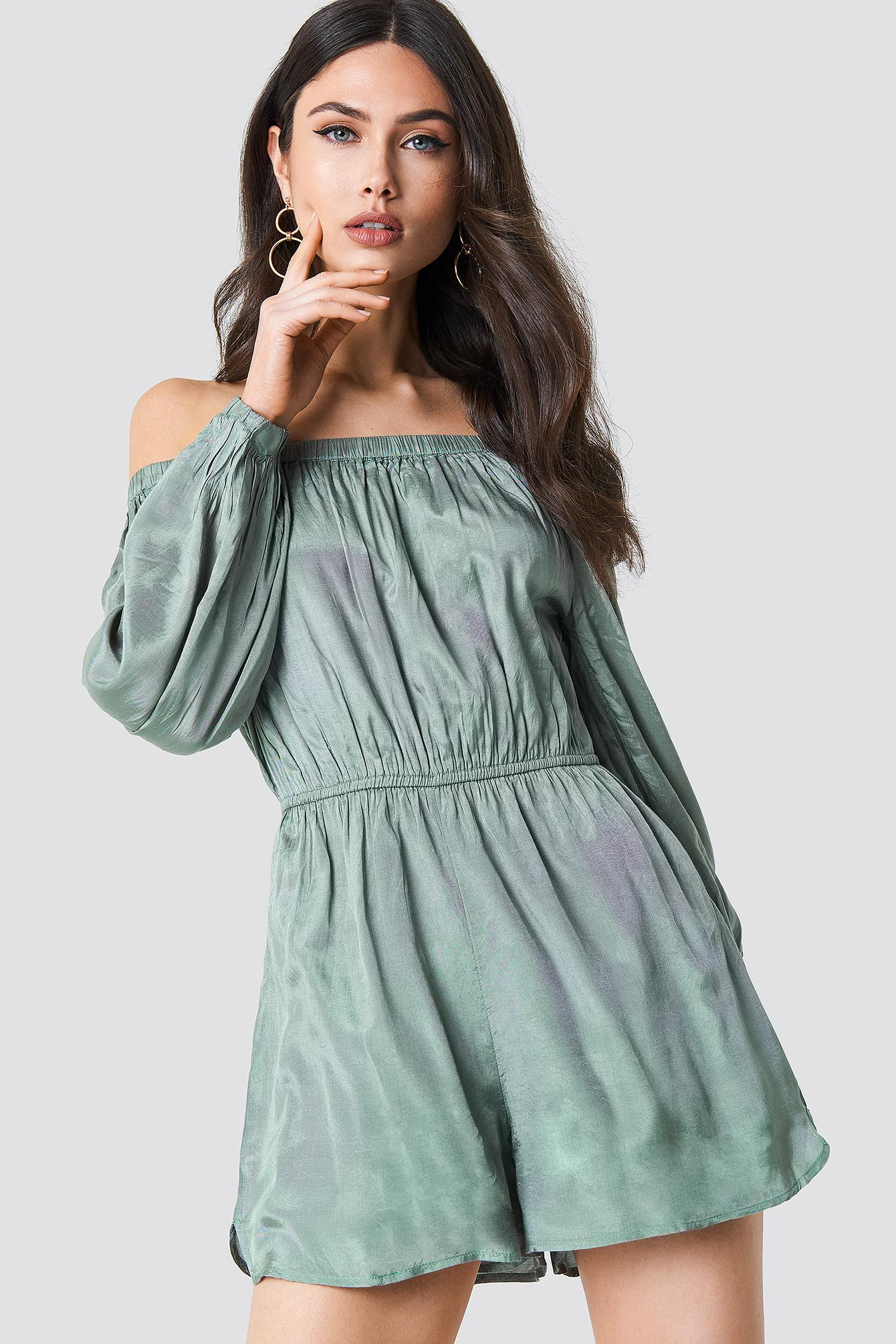 2198069b5e4c2d Lyst - NA-KD Off Shoulder Balloon Sleeve Playsuit Duck Green in Green