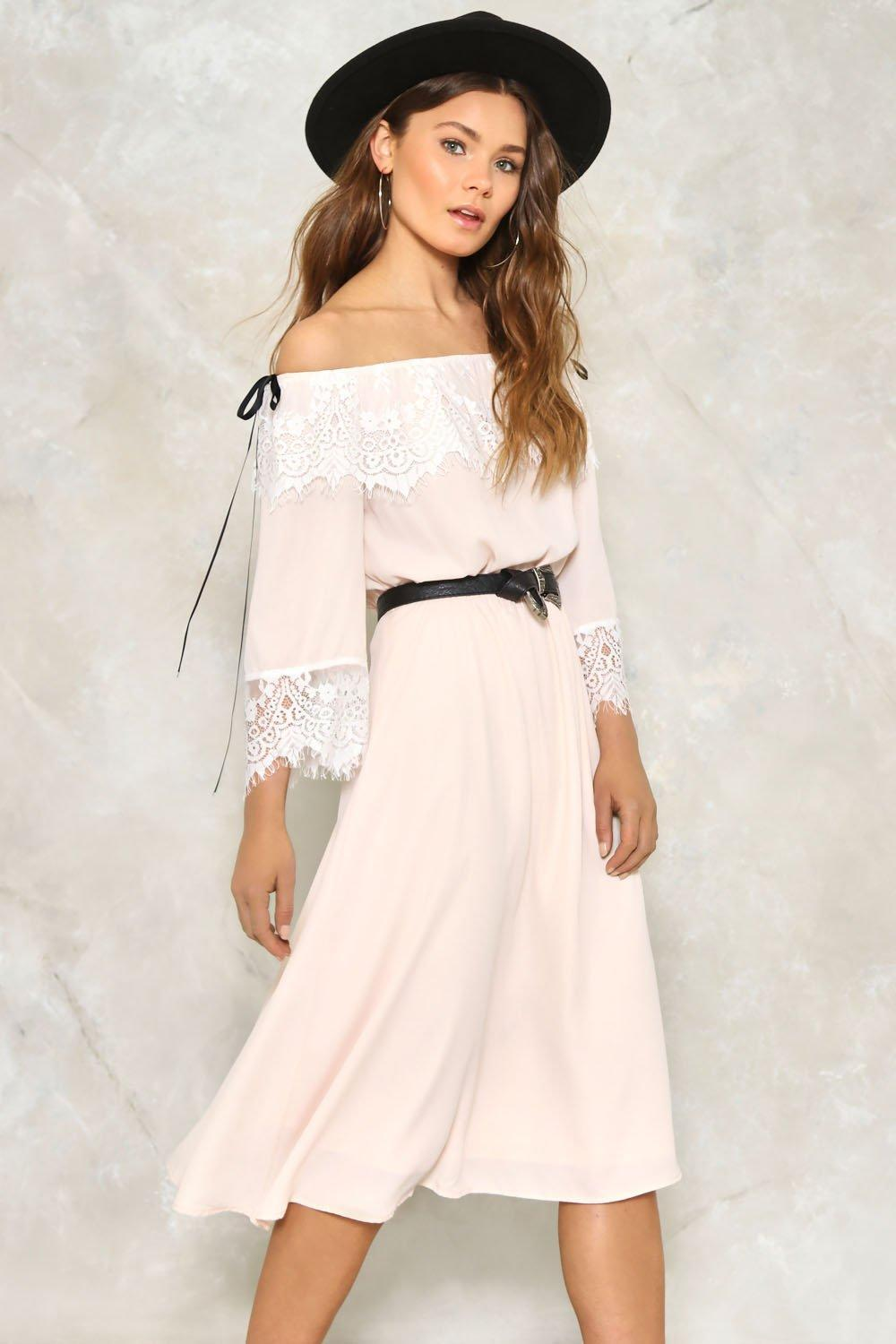 Lyst - Nasty Gal Darcy Lace Dress In Natural-6711