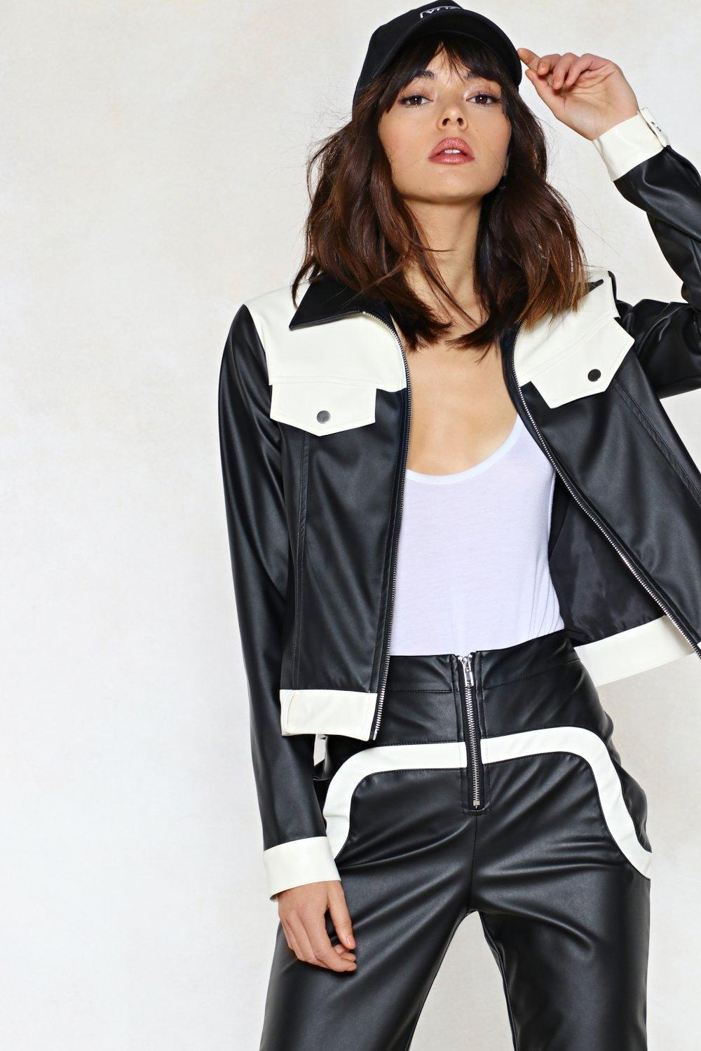 Callgirls in leather pictuer something is