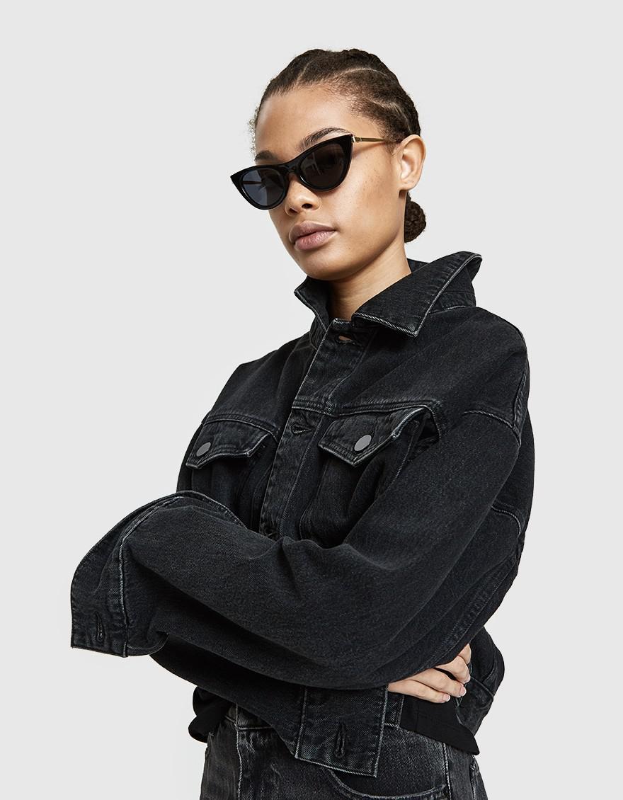 67c6c032d4b Lyst - Le Specs Enchantress Sunglasses in Black