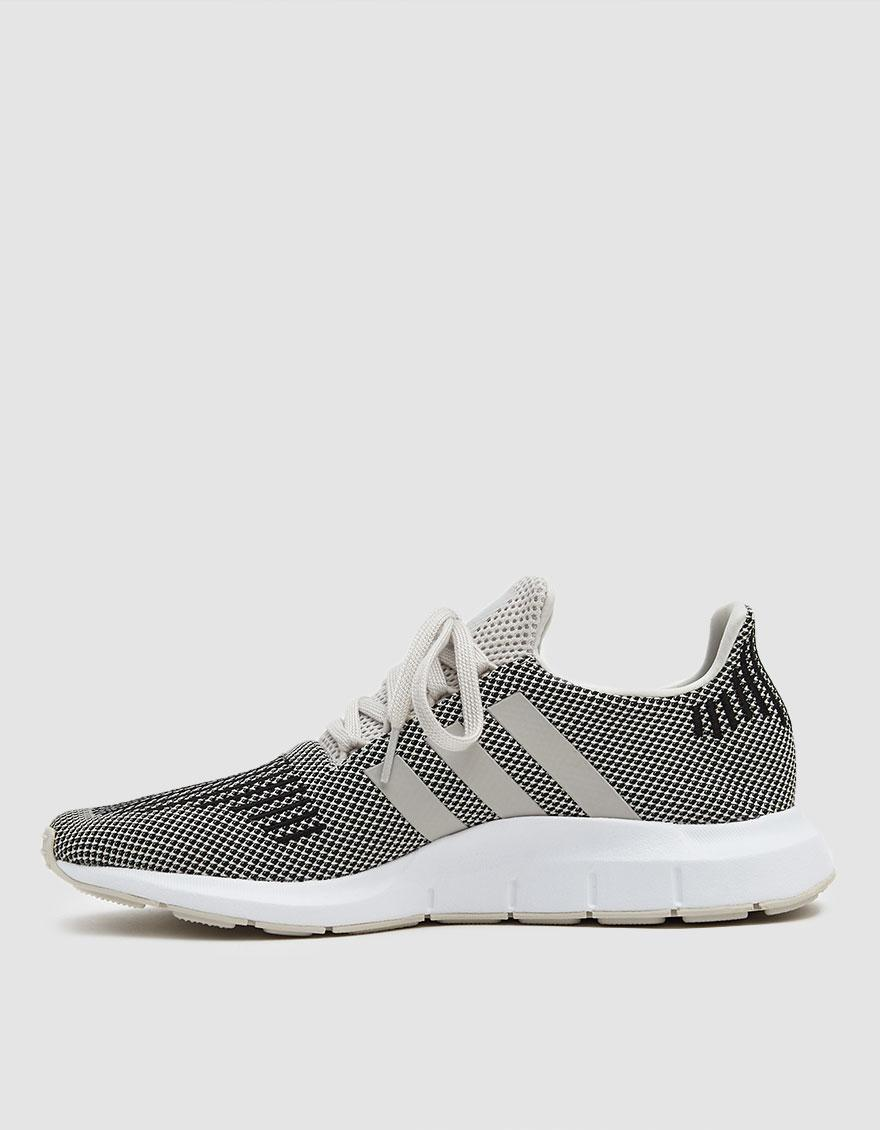 ec8082776 Lyst - adidas Swift Run Sneaker