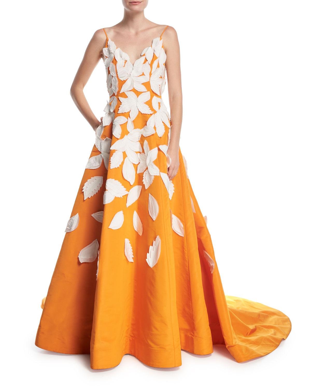 Lyst Oscar De La Renta Deep V Spaghetti Strap Evening Gown W