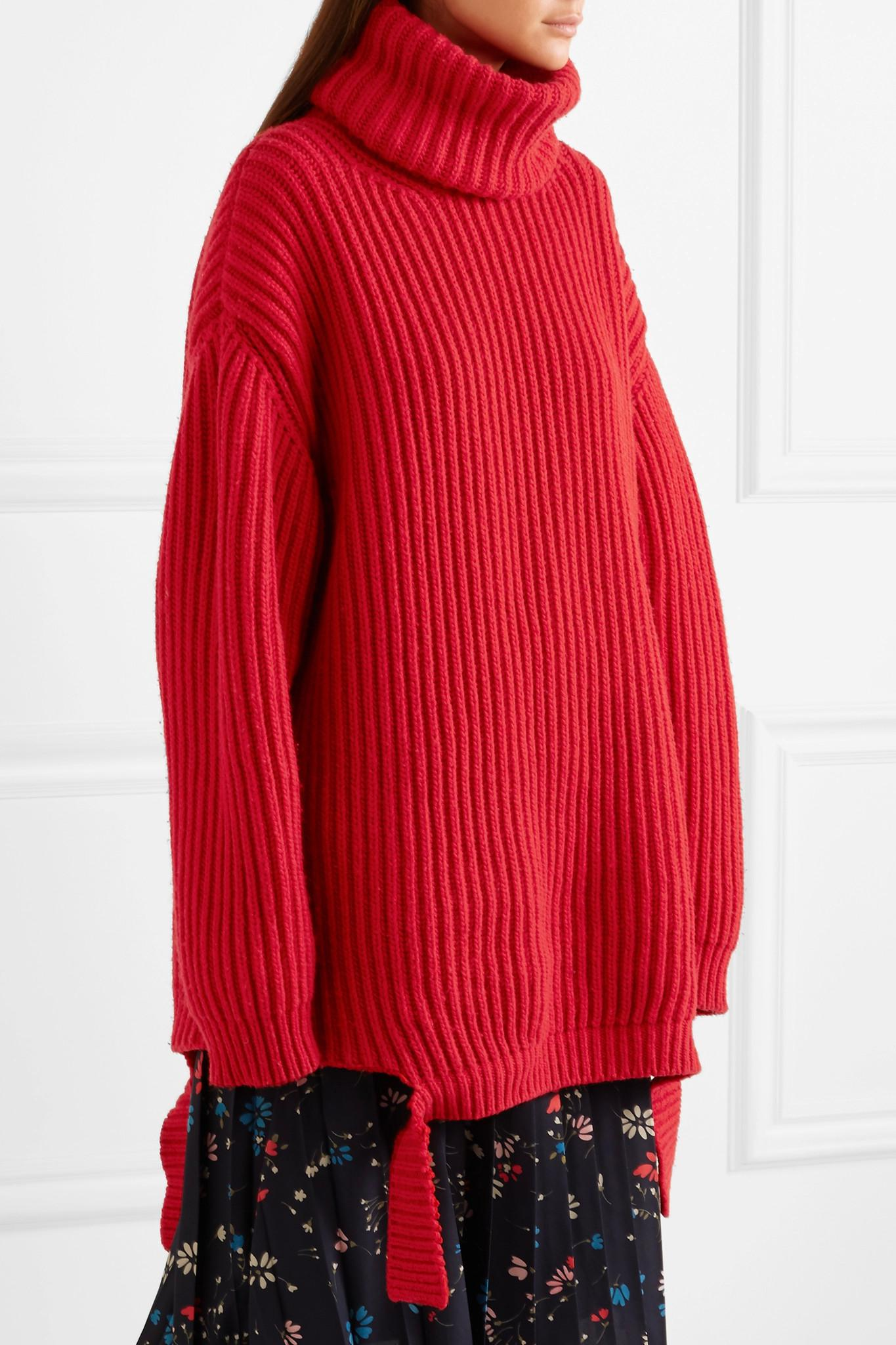 Balenciaga Oversized Ribbed Wool Turtleneck Sweater in Red | Lyst