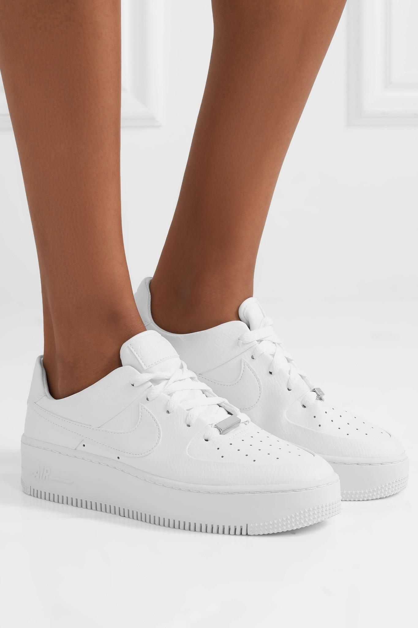 low priced d6351 95729 Nike - White Air Force 1 Sage Textured-leather Sneakers - Lyst. View  fullscreen
