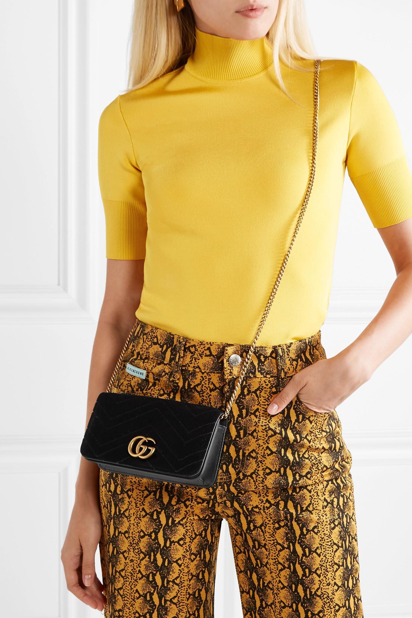 41ef8a36722e Gucci Gg Marmont 2.0 Matelassé Velvet Shoulder Bag in Black - Lyst