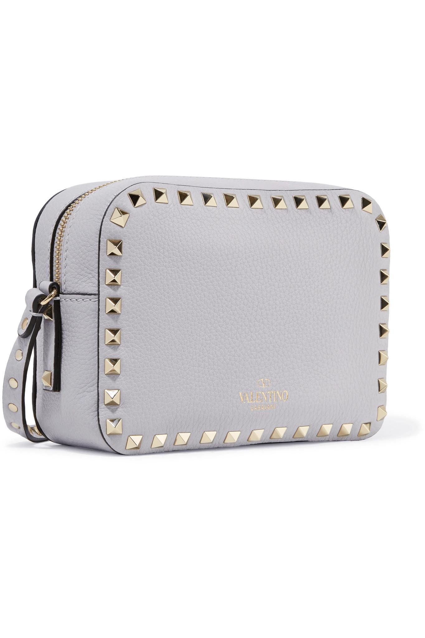 Valentino Garavani The Rockstud Textured-leather Shoulder Bag - Light gray Valentino Szskt6Y