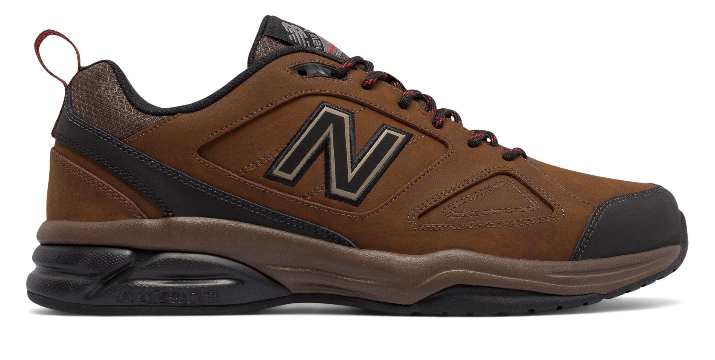 New Balance 623v3 beige