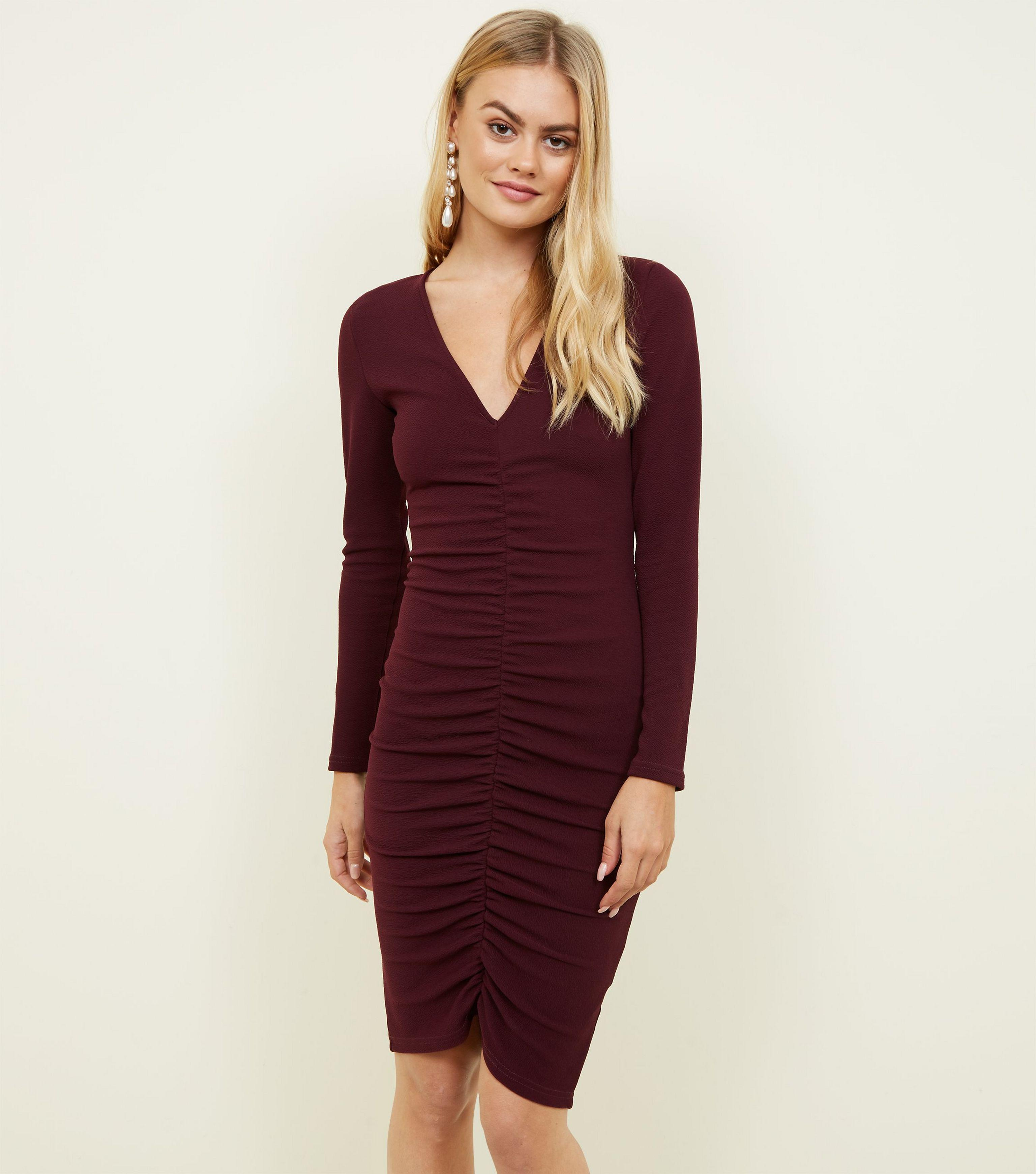 0cce47d9281e AX Paris Burgundy Ruched Front Bodycon Dress in Red - Lyst