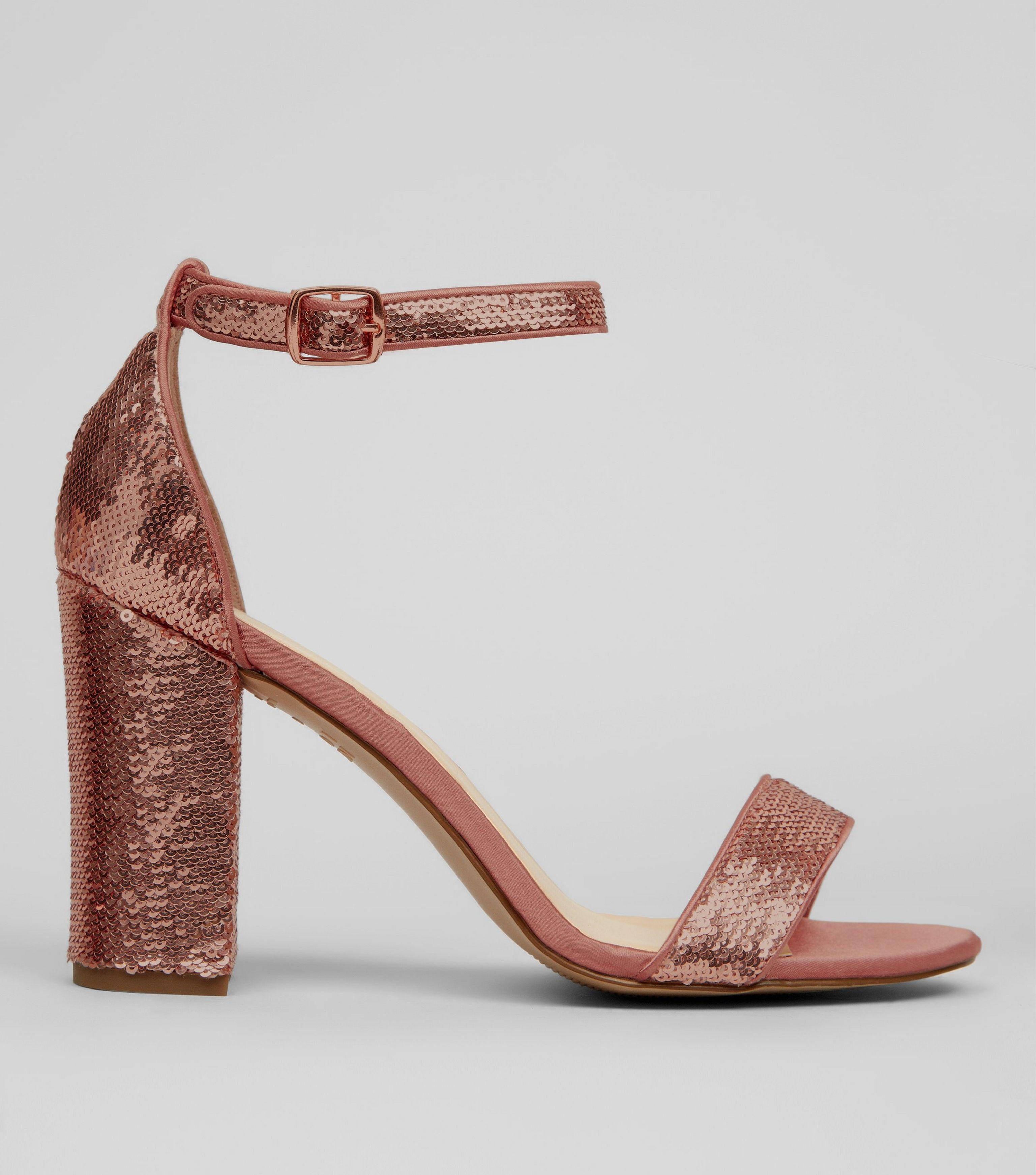 e7775115d93 Gallery. Previously sold at  New Look · Women s Gold Sandals ...