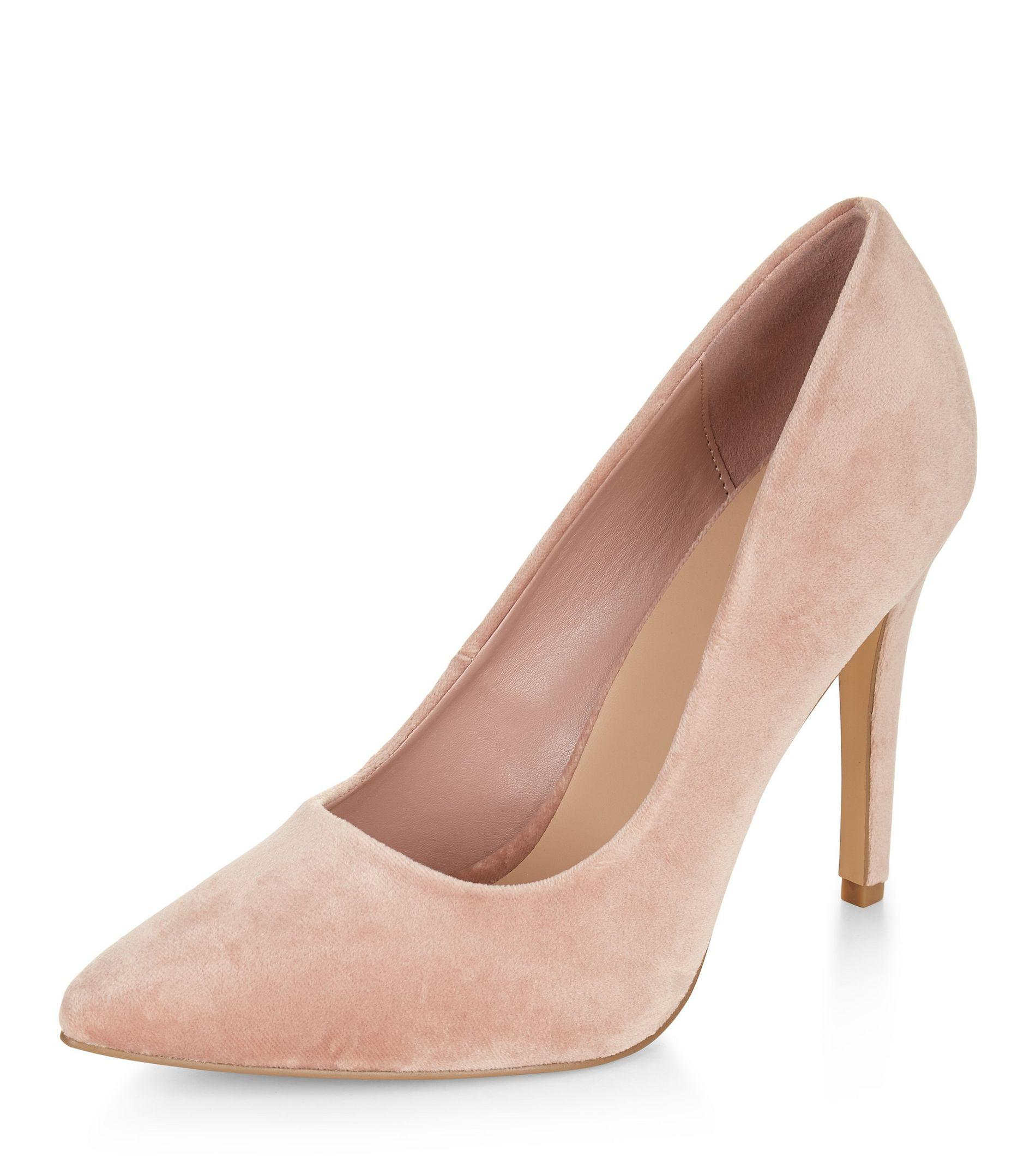 new look wide fit pink velvet pointed court shoes in pink