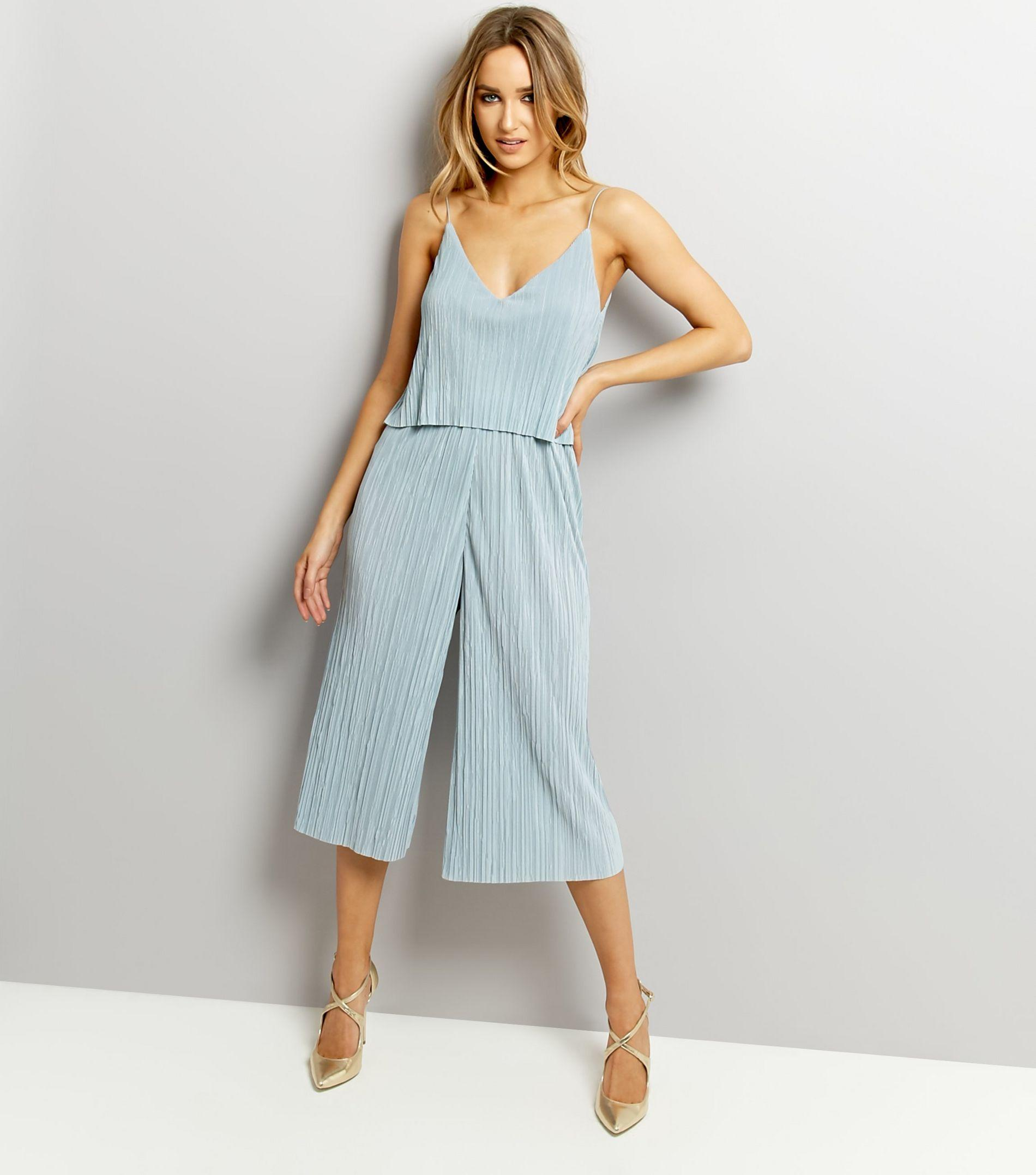 76f34200143e New Look Mint Green Pleated V Neck Wide Leg Cropped Jumpsuit - Lyst