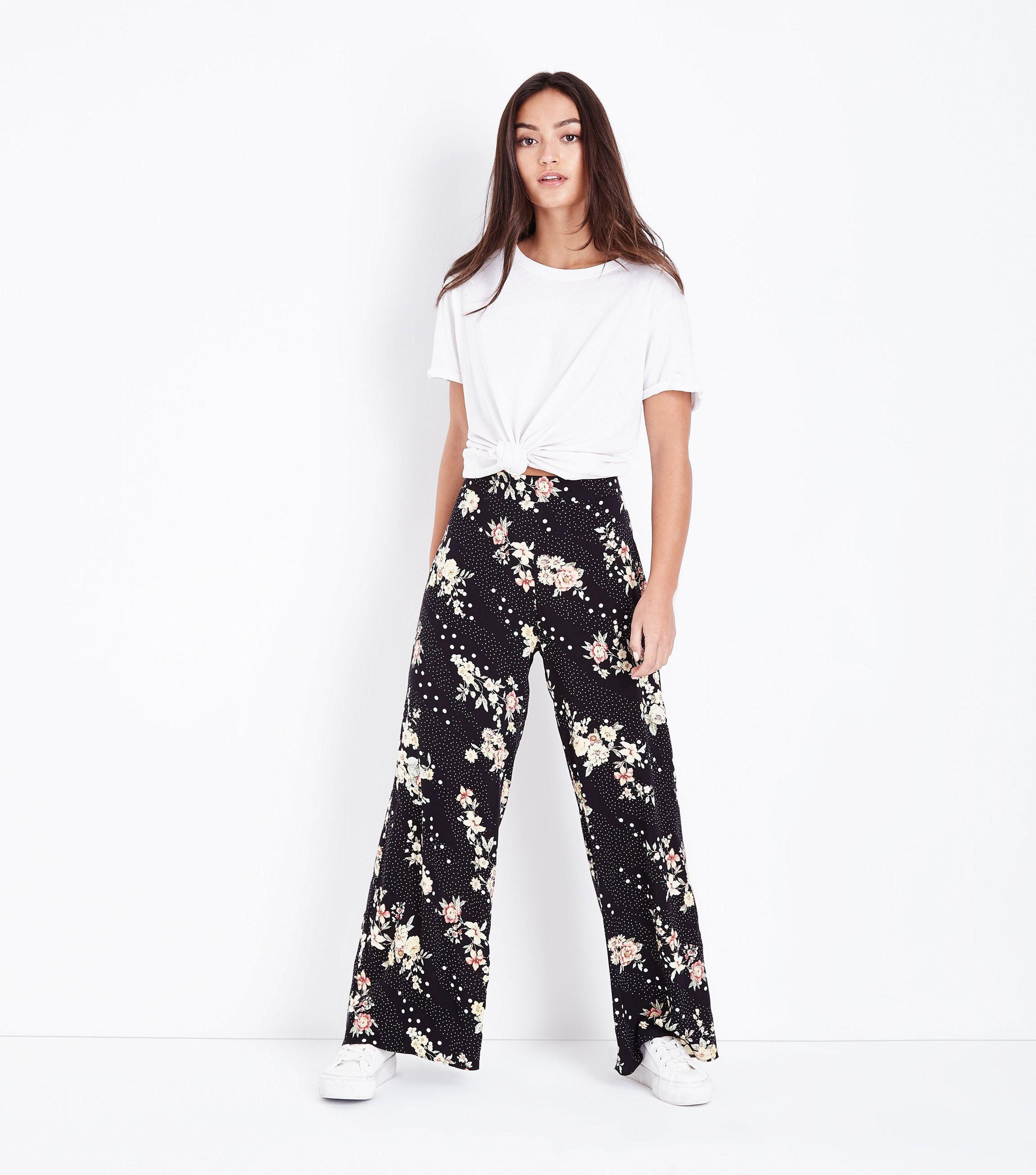 0b186e31293f New Look Petite Black Floral Spot Print Wide Leg Trousers in Black ...