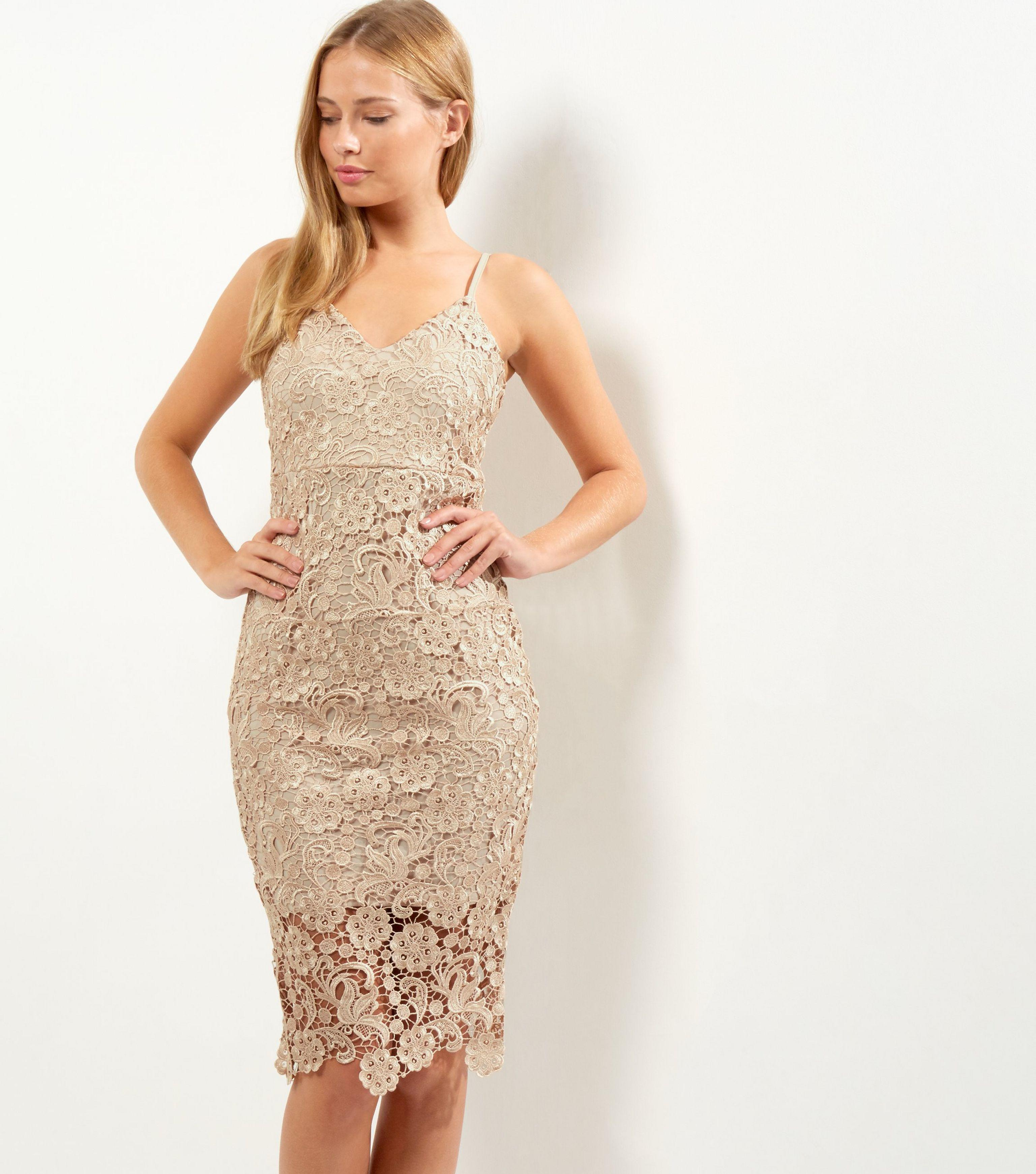 AX Paris Gold Crochet Lace V Neck Midi Dress in Metallic - Lyst 1ad996336