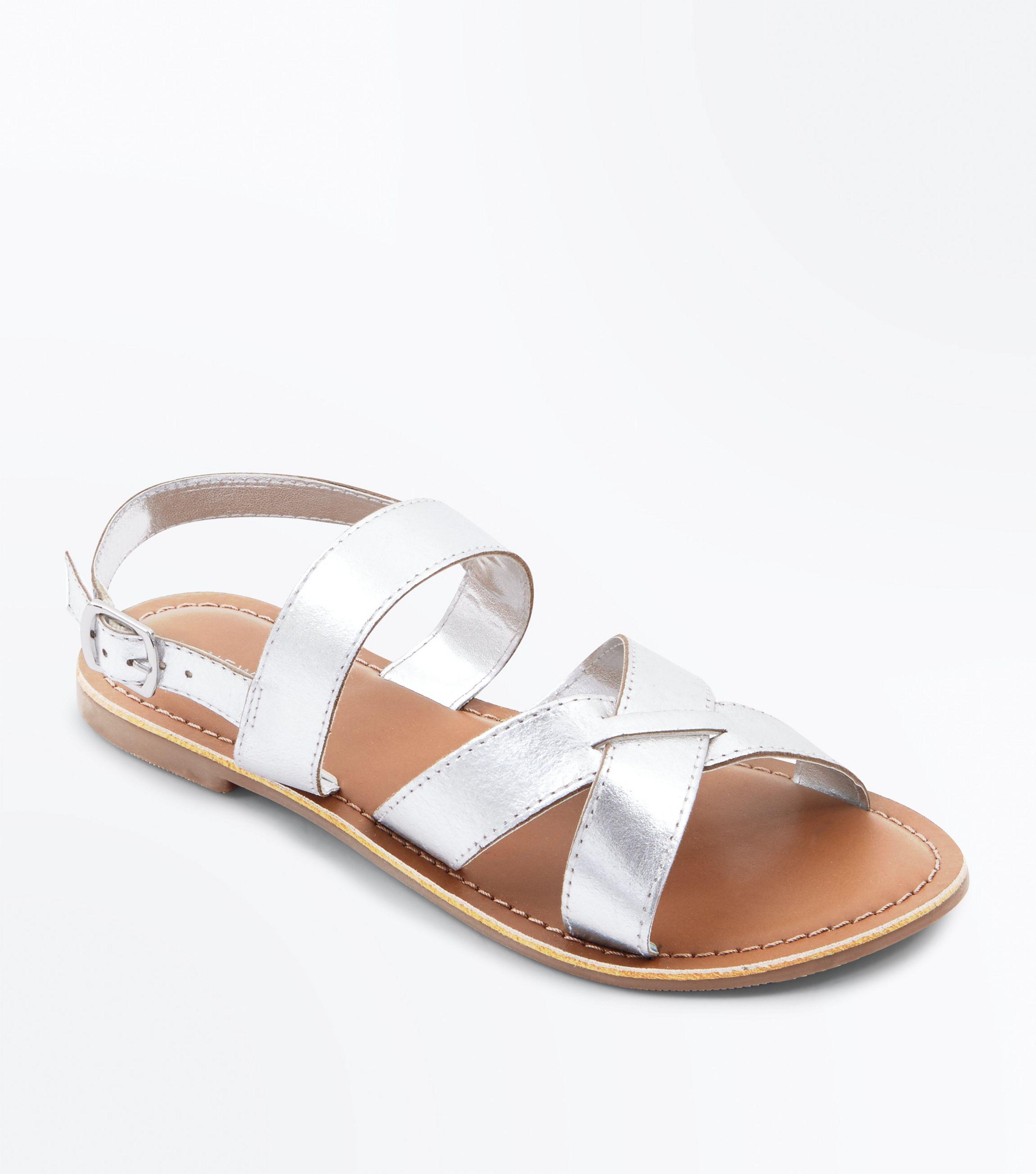 b9874b774 New Look Silver Leather Cross Strap Flat Sandals in Metallic - Lyst