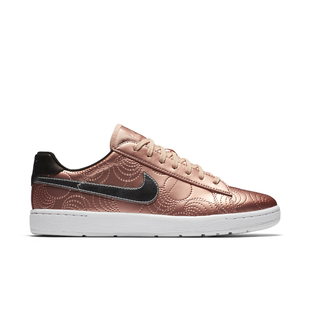 12d547bb6b6b8f Lyst - Nike Court Tennis Classic Ultra Lotc (paris) Women s Shoe in Pink