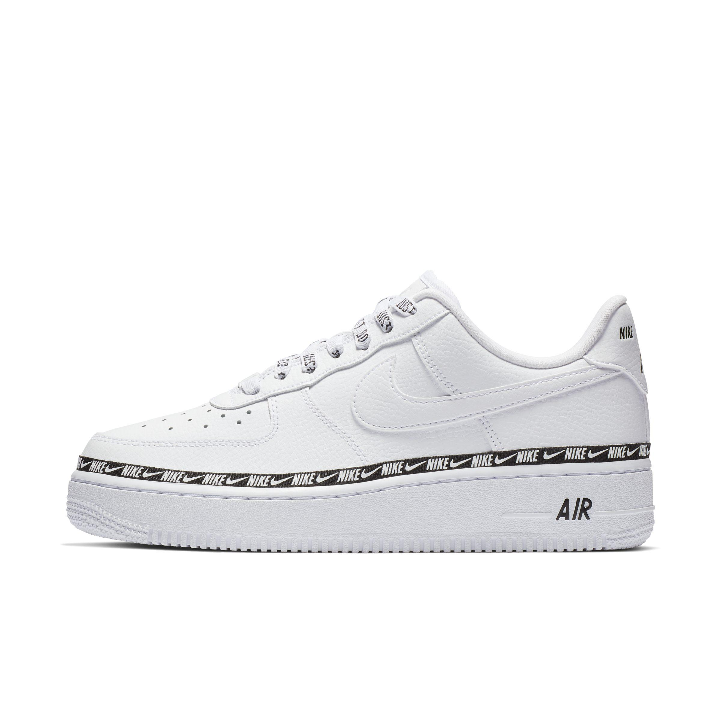 finest selection 2c055 e8a39 Nike Air Force 1  07 Se Premium Shoe in White - Lyst