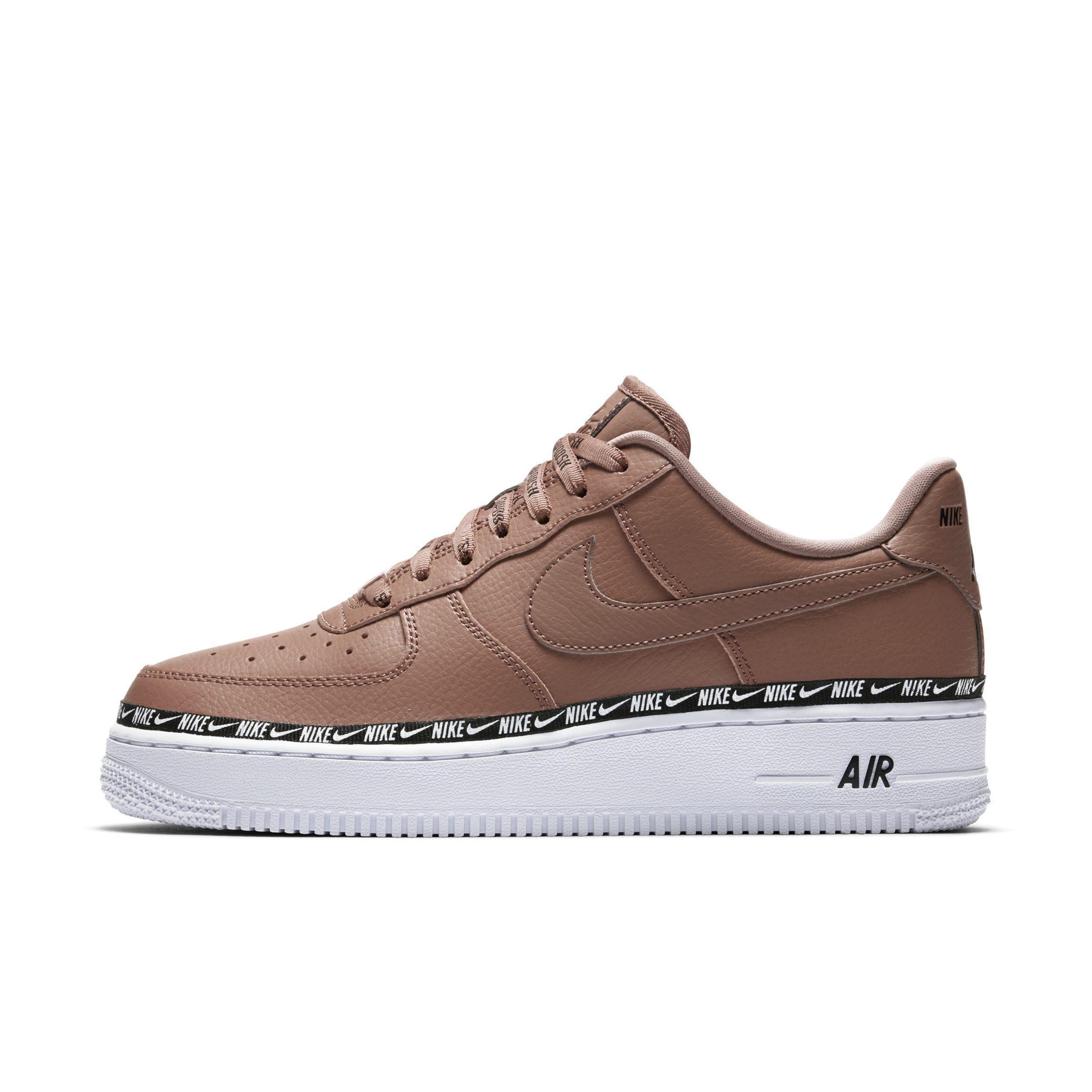 0b53293836 Nike Air Force 1' 07 Se Premium Shoe in Brown - Lyst