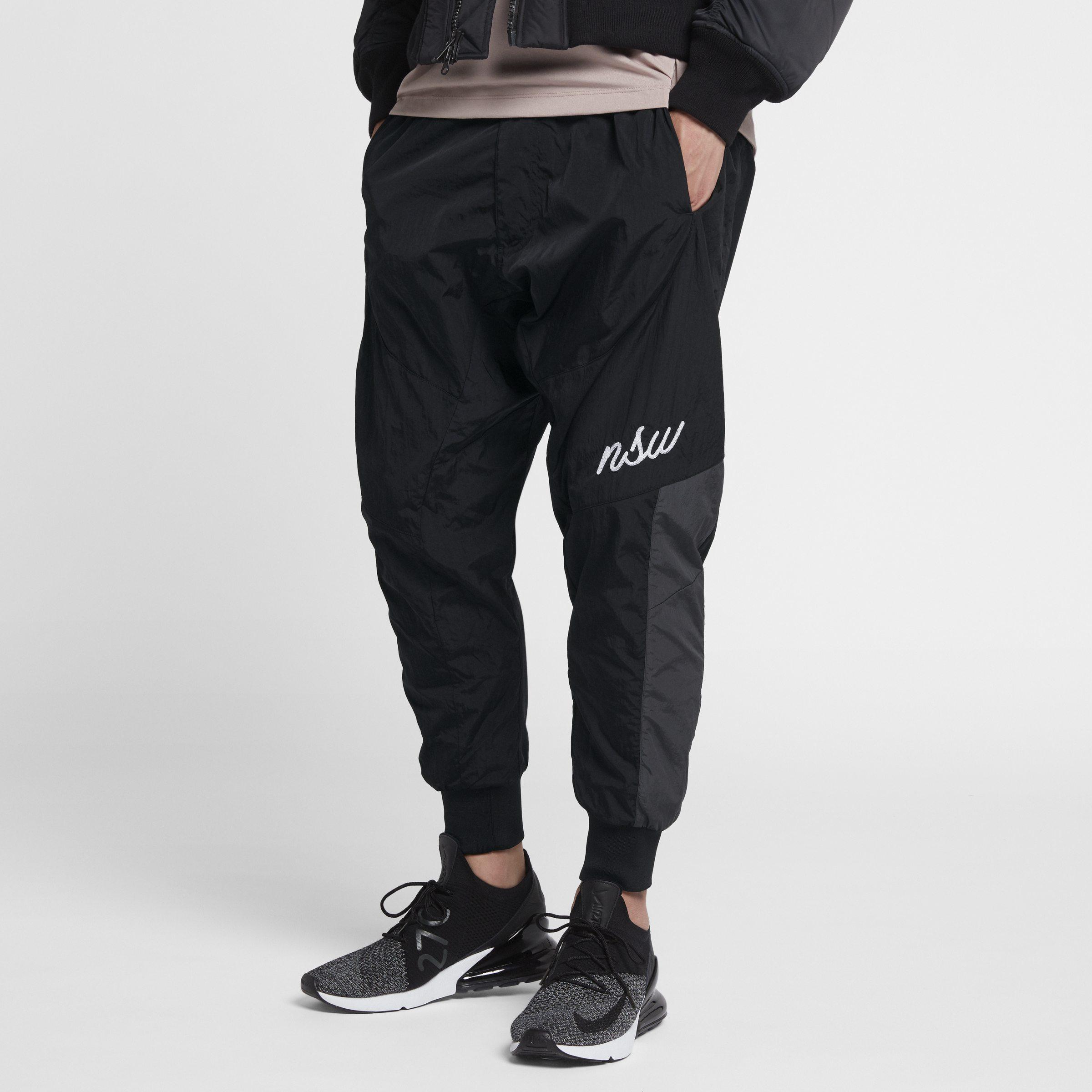 7b4cc4bad28509 Lyst - Nike Sportswear NSW Herren-Jogger aus Webmaterial in Schwarz ...