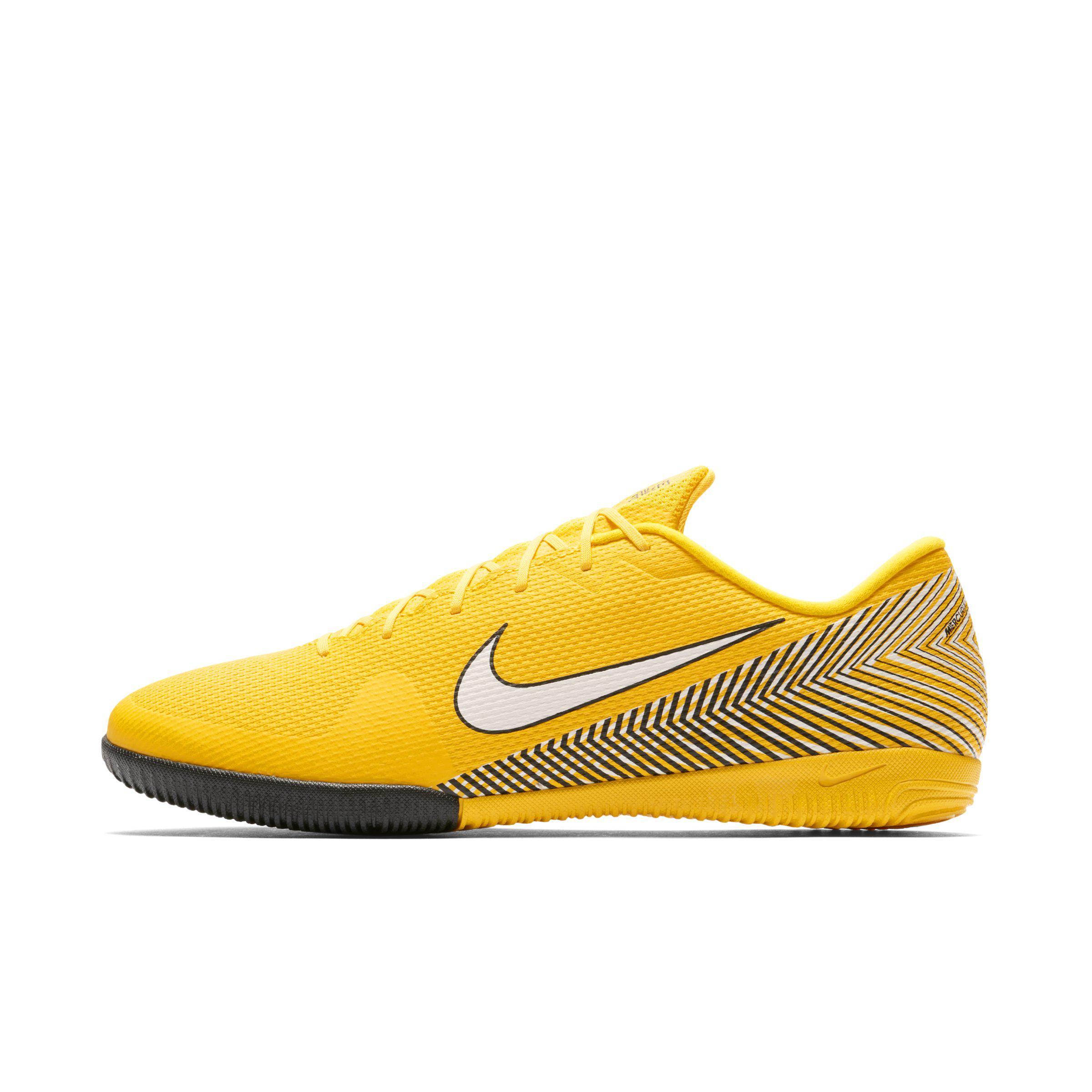 f5ca31d9840b7c Nike Mercurial Vapor Xii Academy Neymar Jr. Indoor/court Football ...