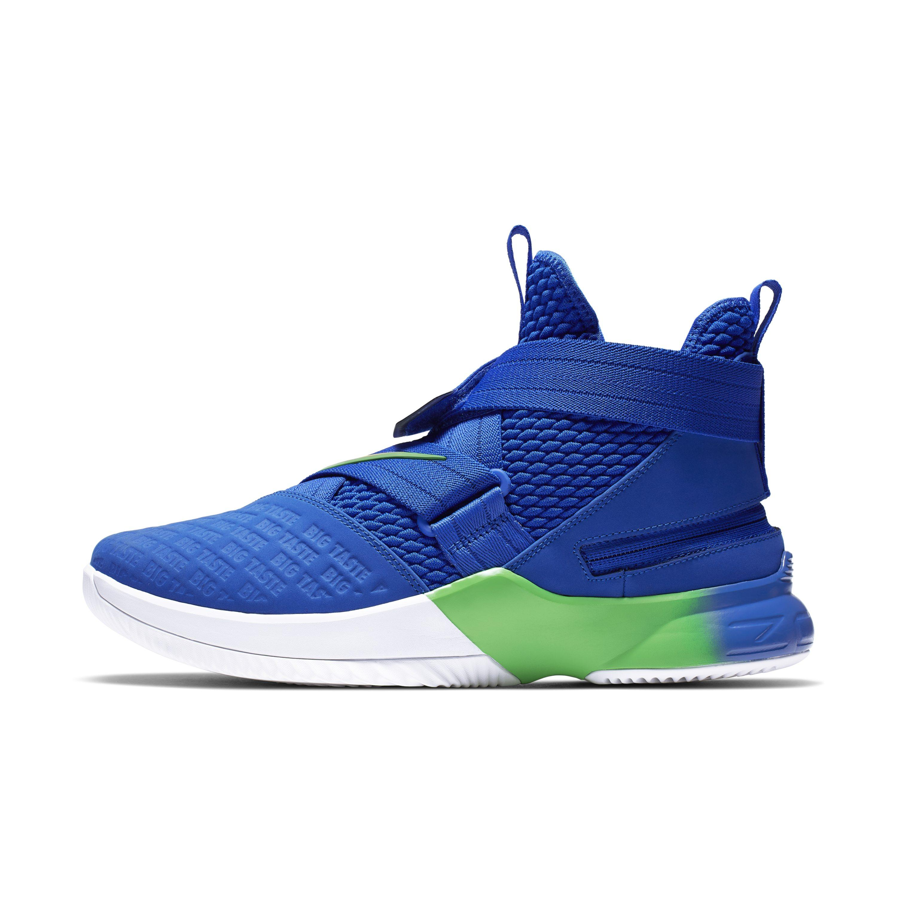 96640ba8c81 Nike Lebron Soldier 12 Flyease Basketball Shoe in Blue for Men - Lyst