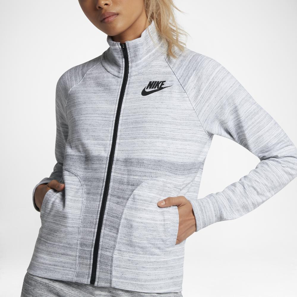fbc1ab560b39 Gallery. Previously sold at  Nike · Women s Quilted Jackets ...