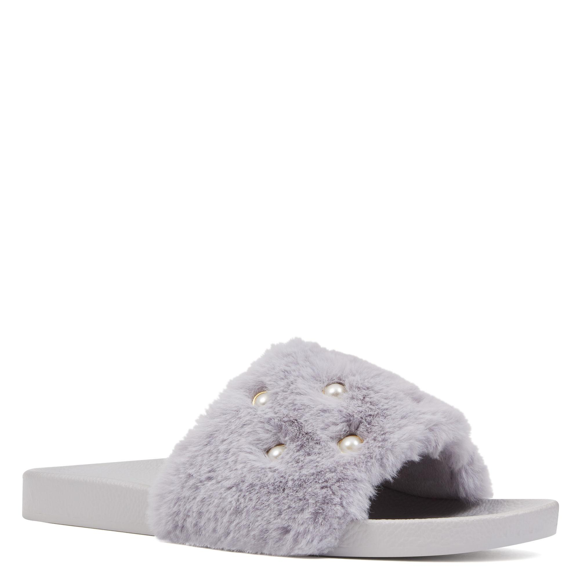 e06f6567fd9 Lyst - Nine West Sheslides Slippers