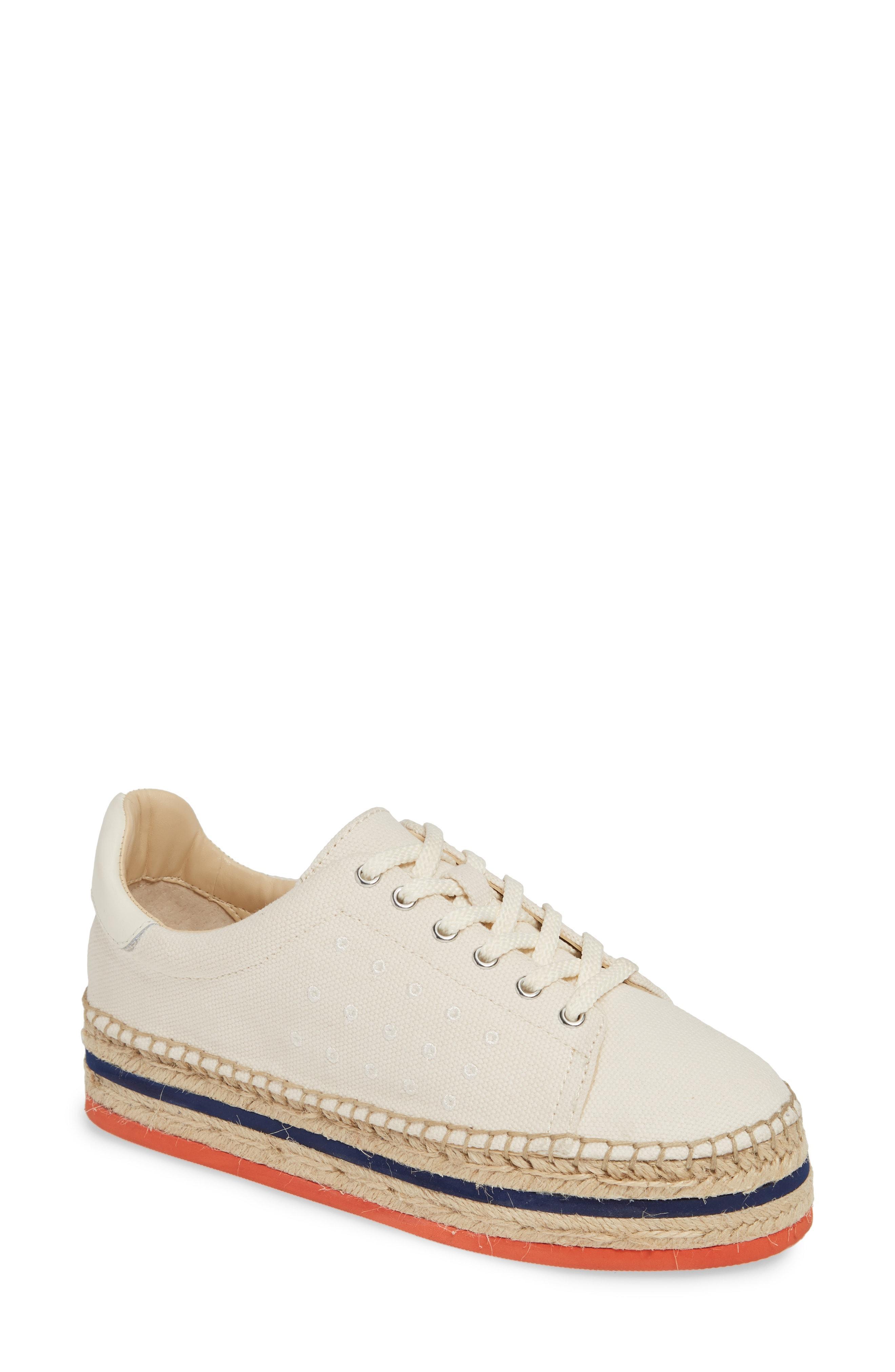 ee705f9c848 Lyst - Vince Camuto Jannel Platform Sneaker in White