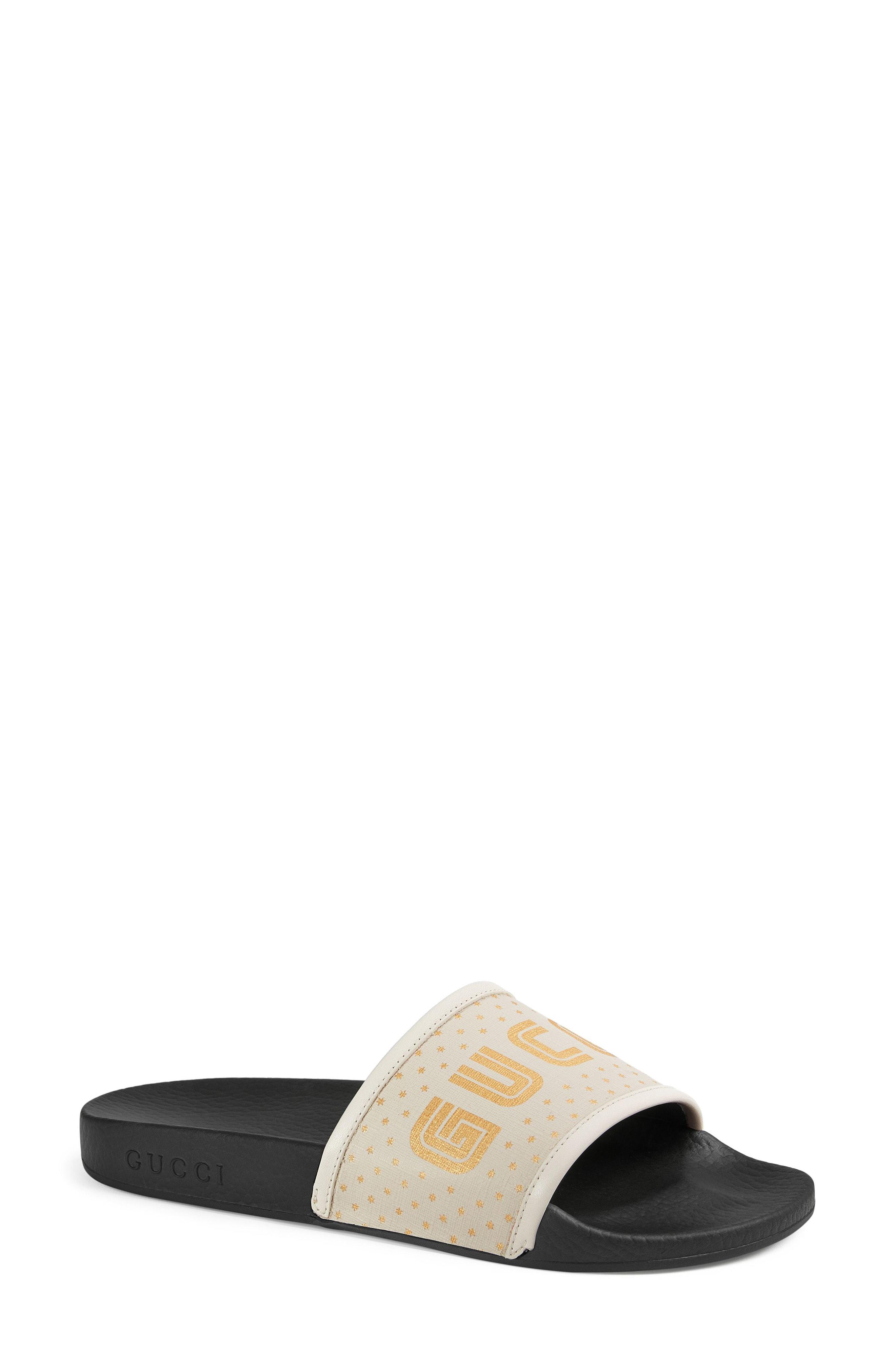 e23f57532 Gucci Pursuit Guccy Logo Slide Sandal in White - Save 23% - Lyst