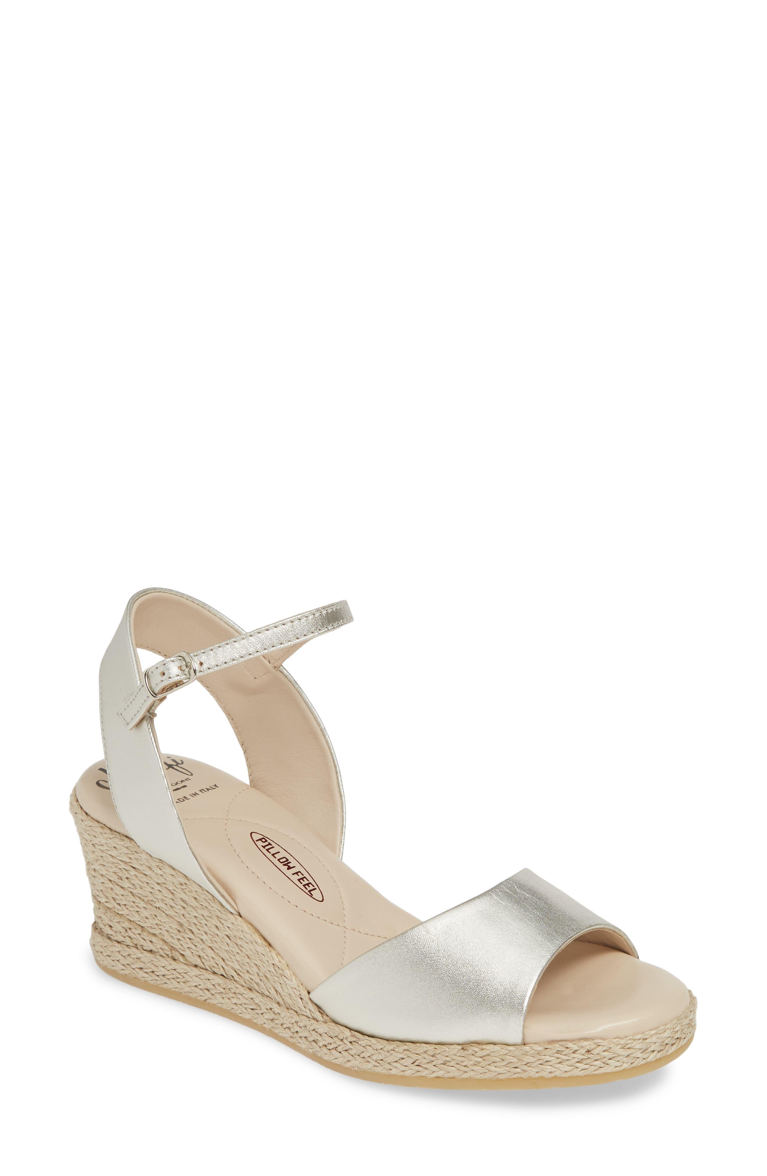 d0a07bde507 Lyst - Amalfi by Rangoni Leonardo (champagne Raso Nappa) Women's Shoes