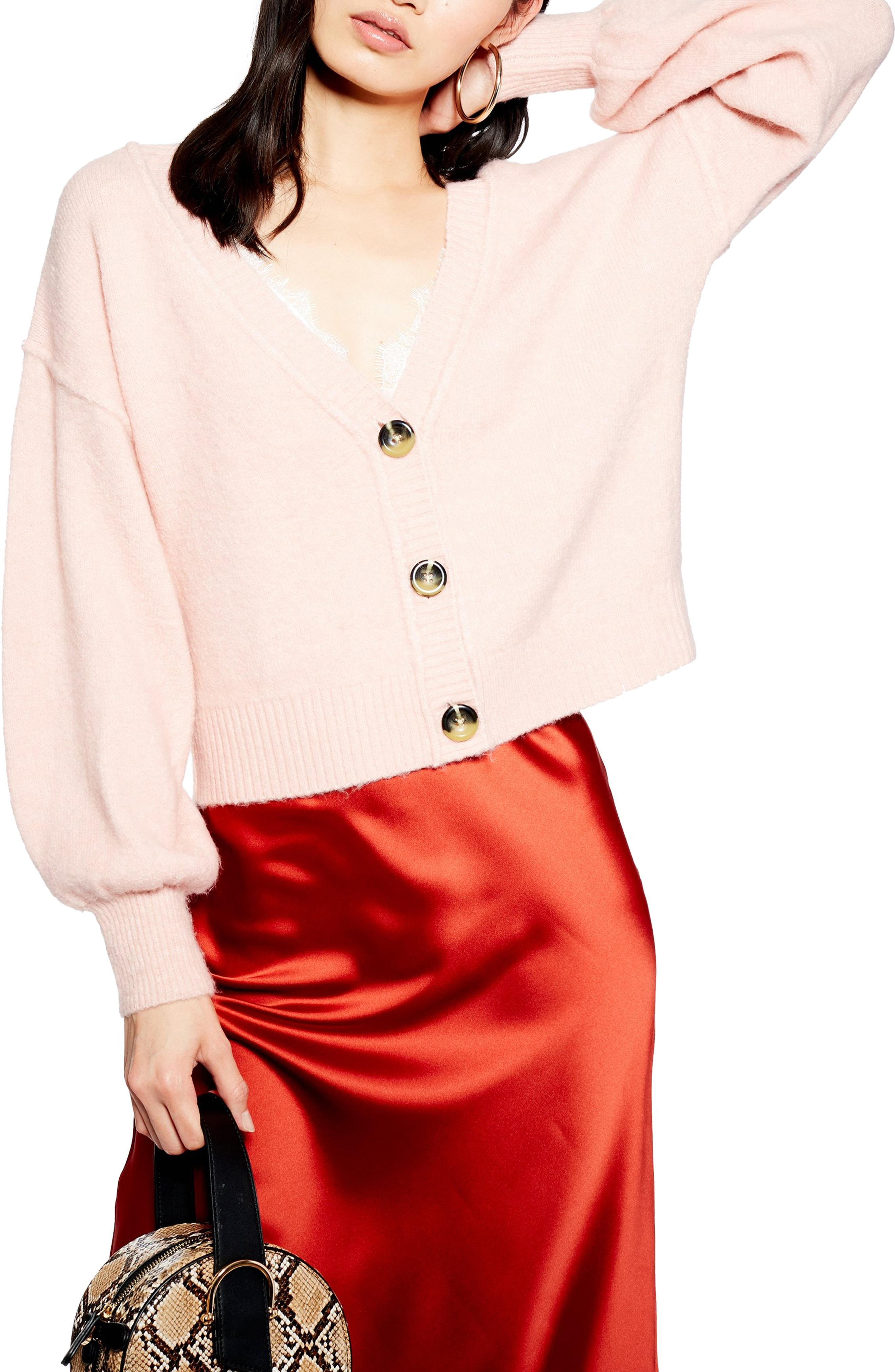 4f1cf4f1f Lyst - TOPSHOP Horn Button Crop Cardigan in Pink