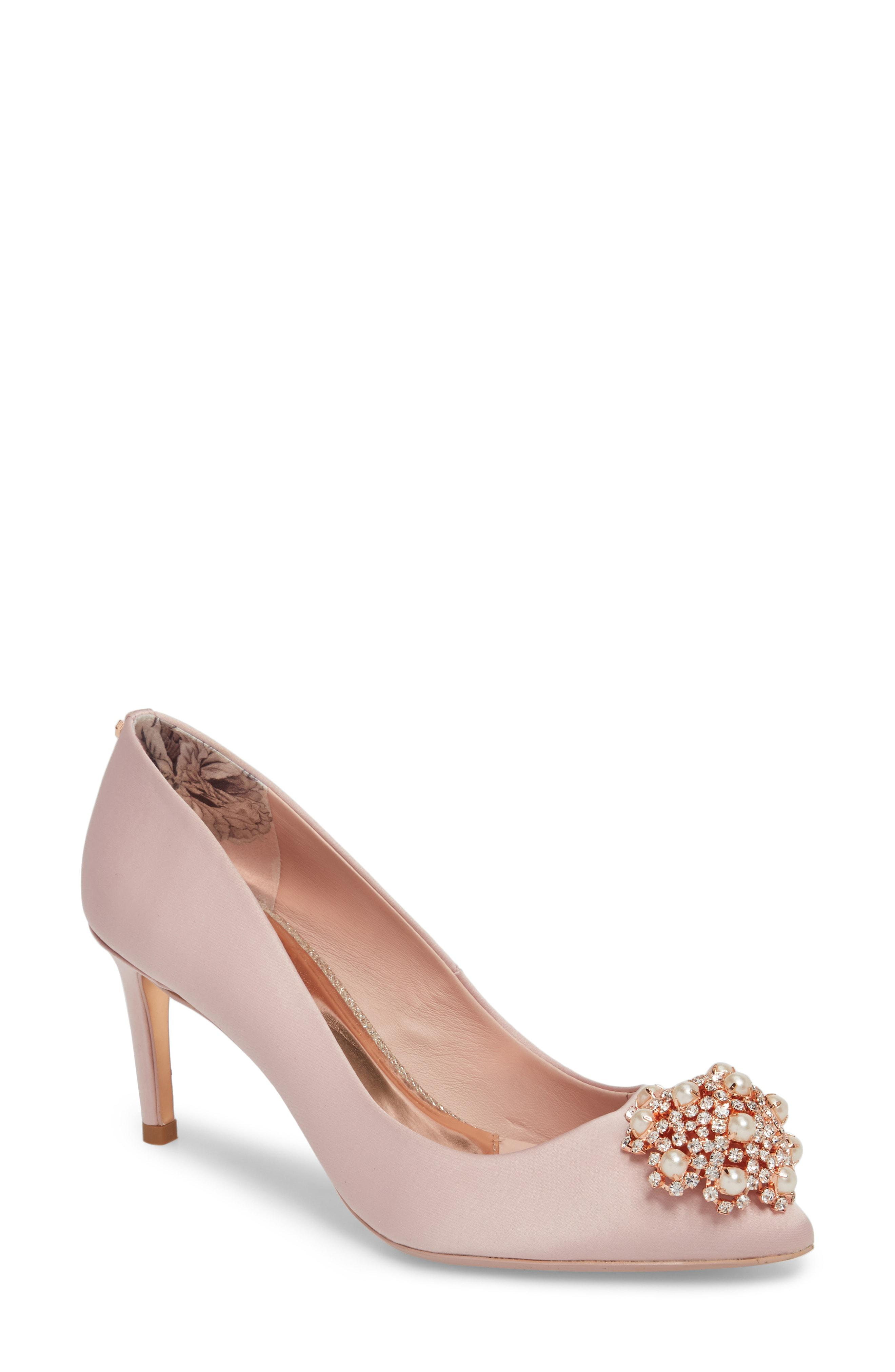 28a4edcf5bb Lyst - Ted Baker Dahrlin Embellished Pump in Pink