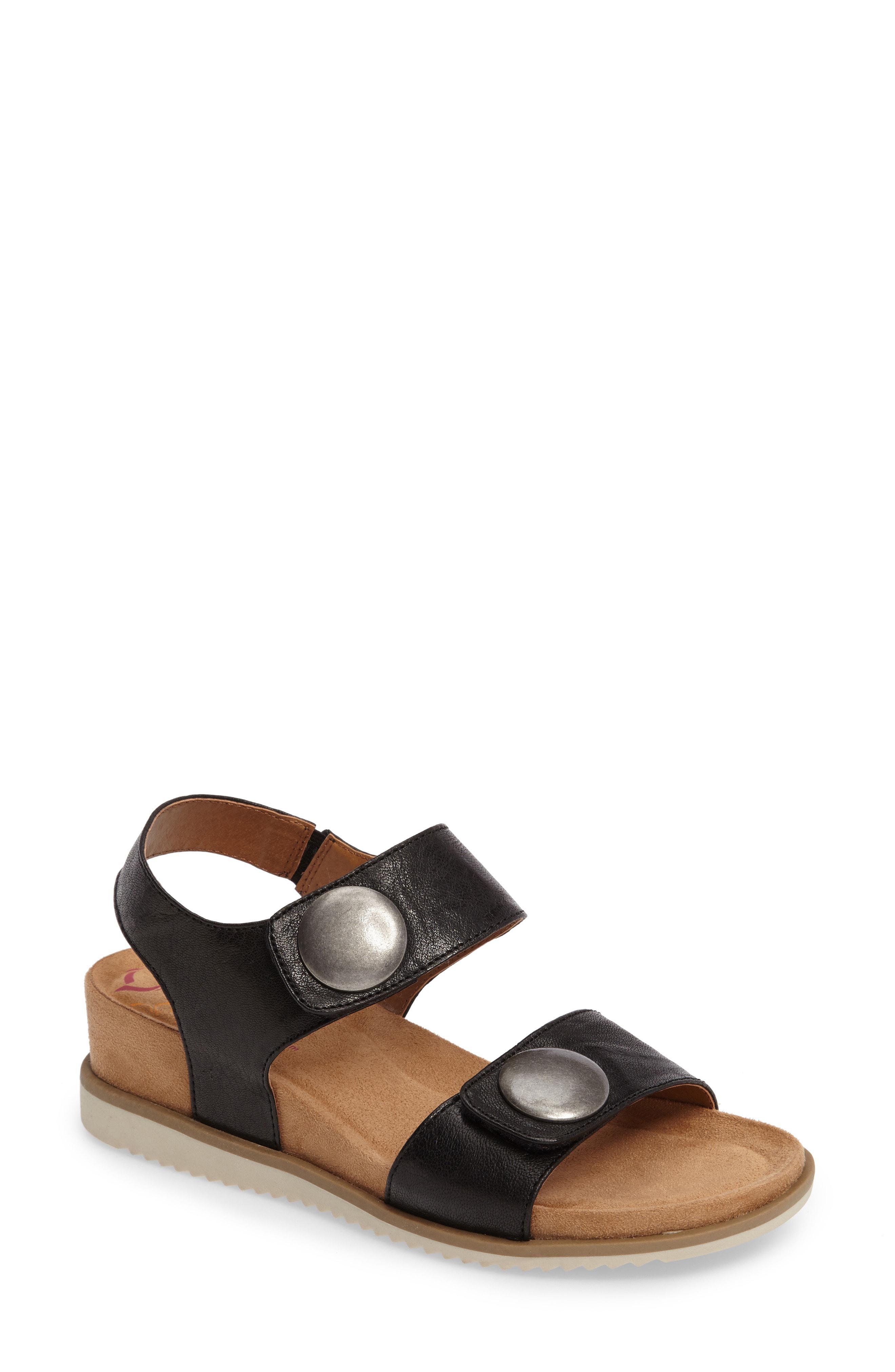 450c3cdb700 Lyst - Comfortiva Pamela Ii Sandal in Black