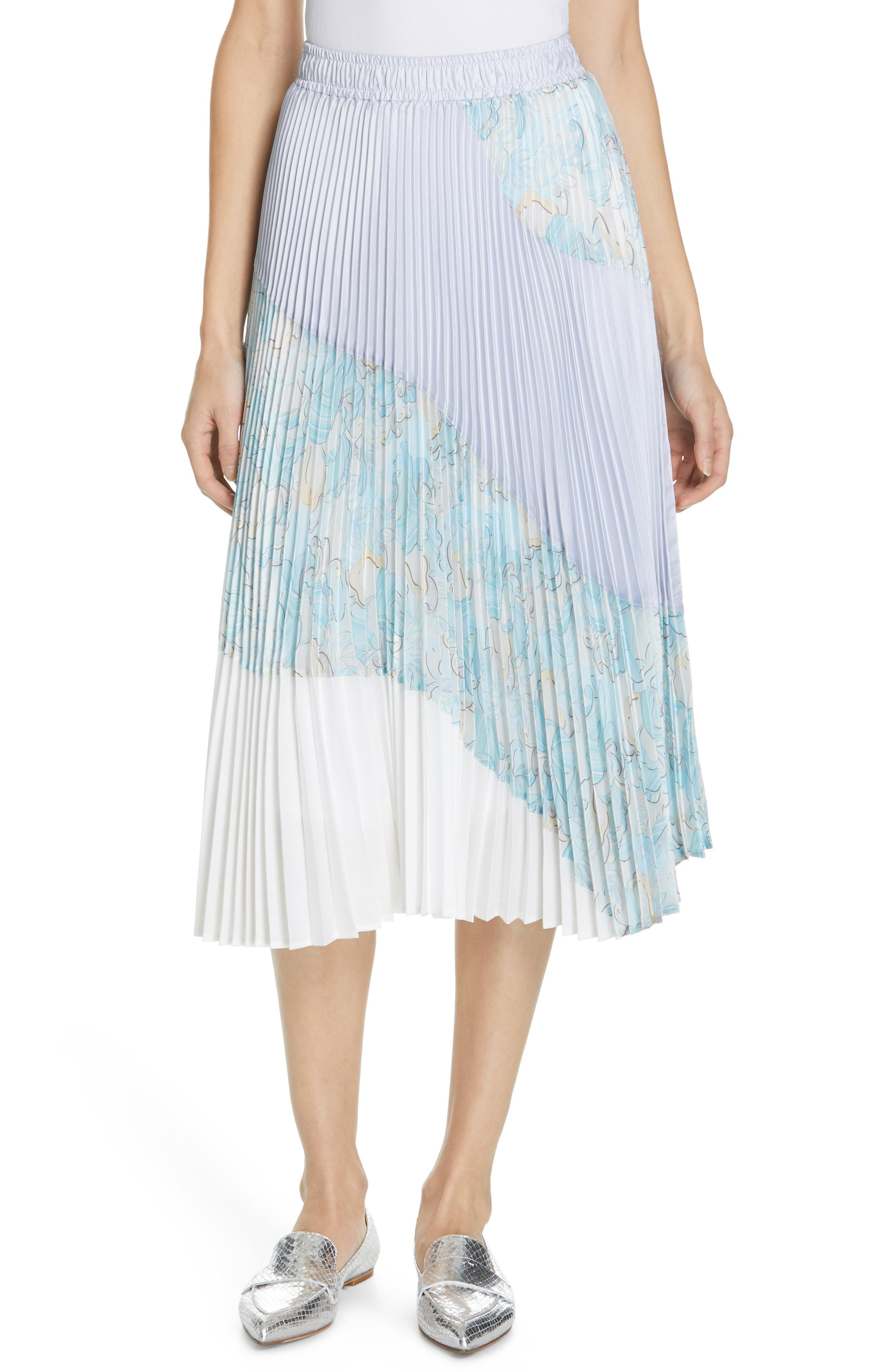 df667e3fd5b8 Lyst - CLU Floral Colorblock Pleated Skirt in Blue