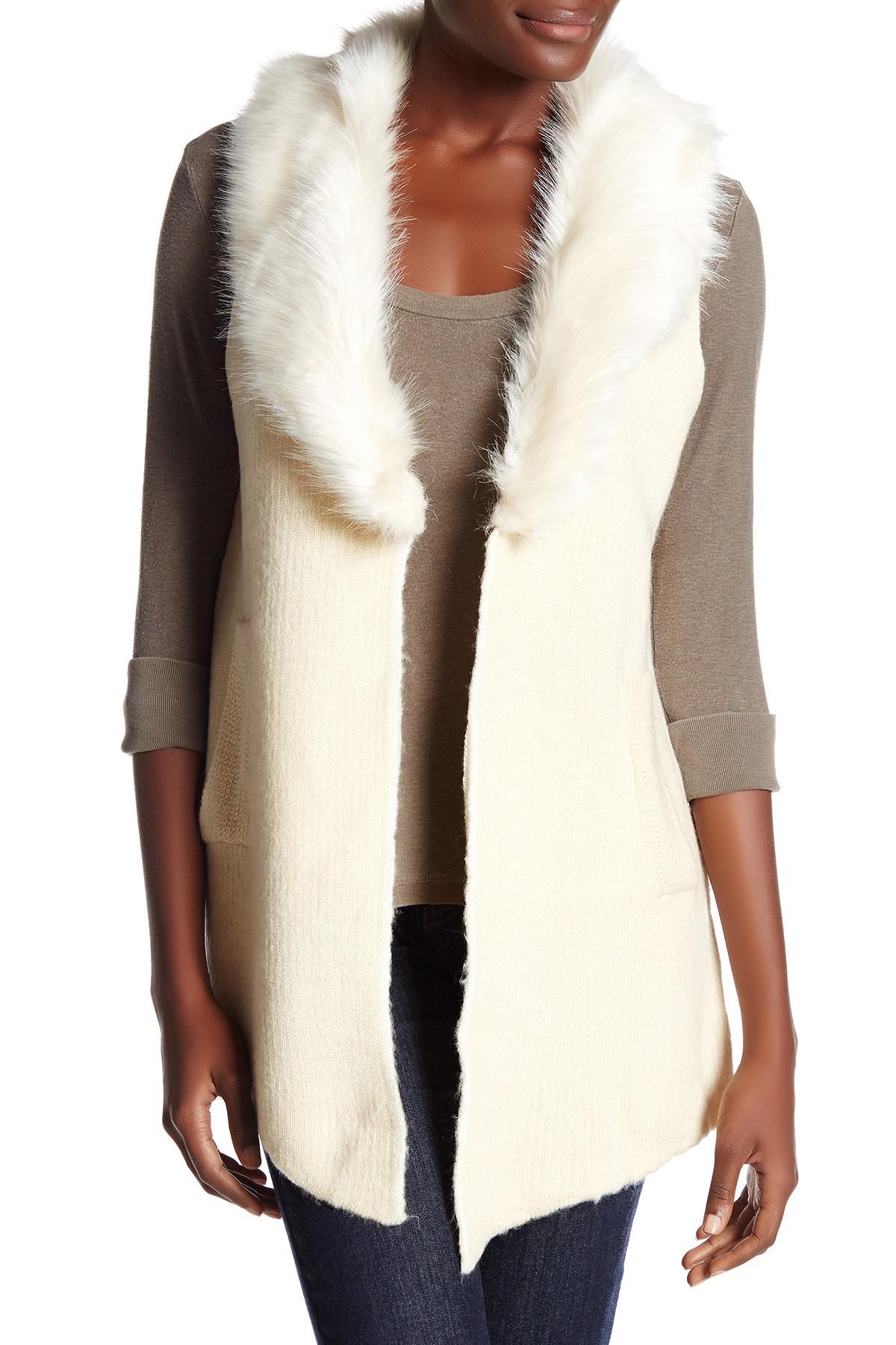 Cliche Faux Fur Collar Sleeveless Vest in Natural