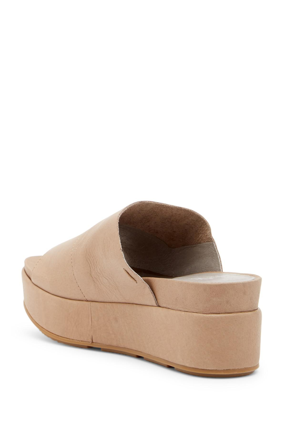 0b62649643c9 Gallery. Previously sold at  Nordstrom Rack · Women s Eileen Fisher Platform