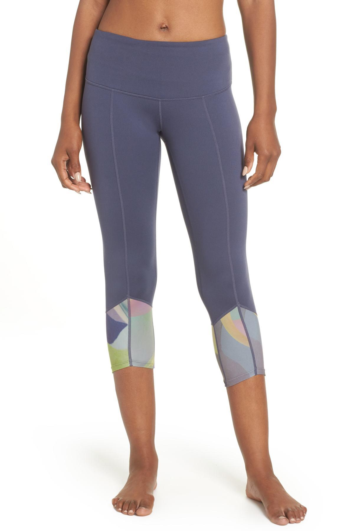 967606fb2d676 Lyst - Zella Re-center Crop Recycled Leggings in Gray