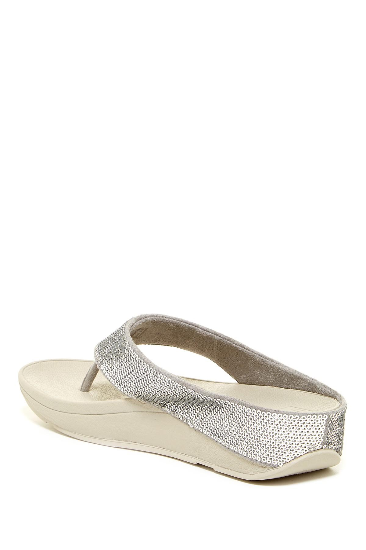 0b28297314892a Lyst - Fitflop Ringer Sequined Wedge Flip Flop in Metallic