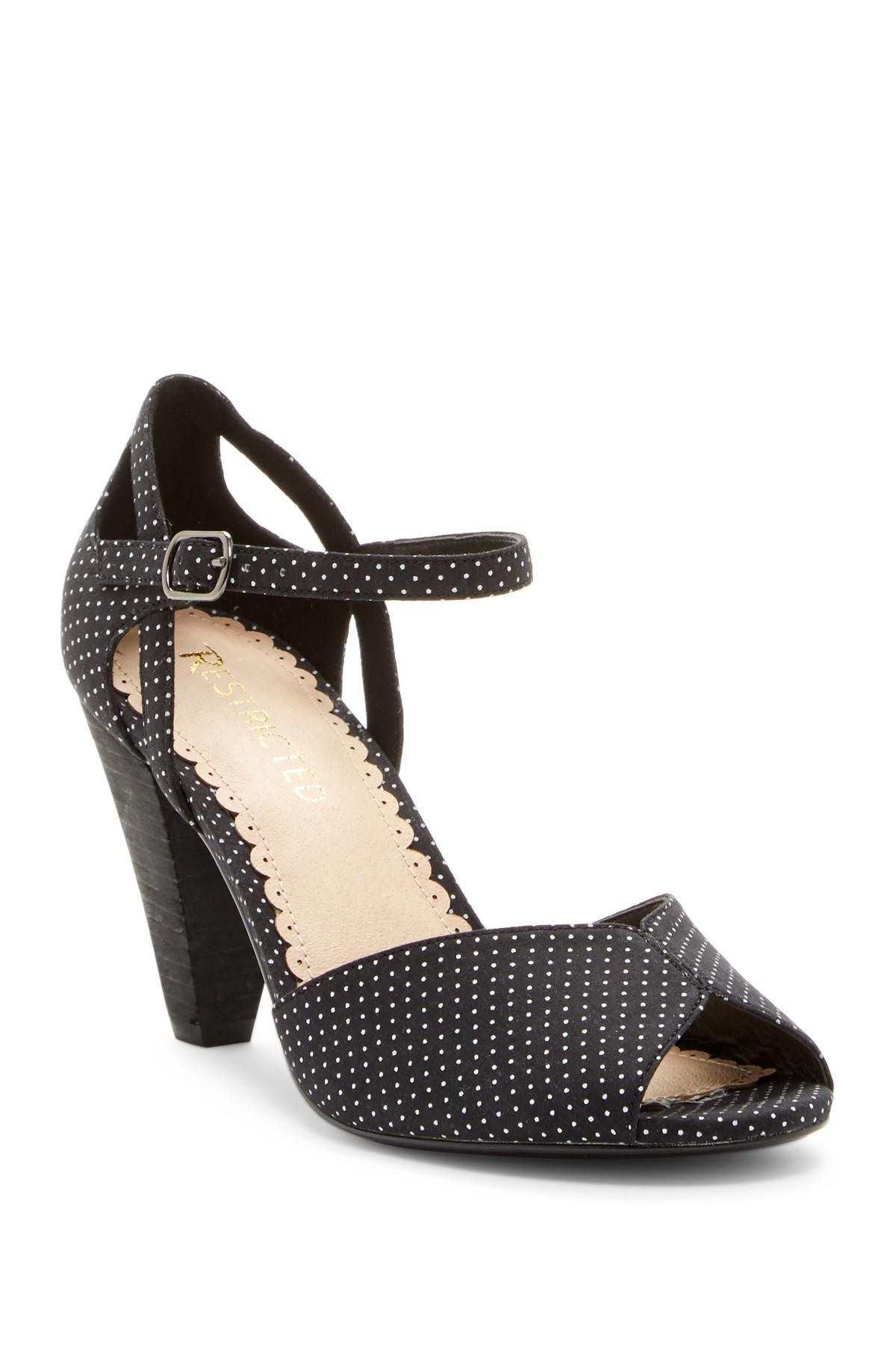 Restricted Dancing Dots Block Heel Sandal C5wG3T