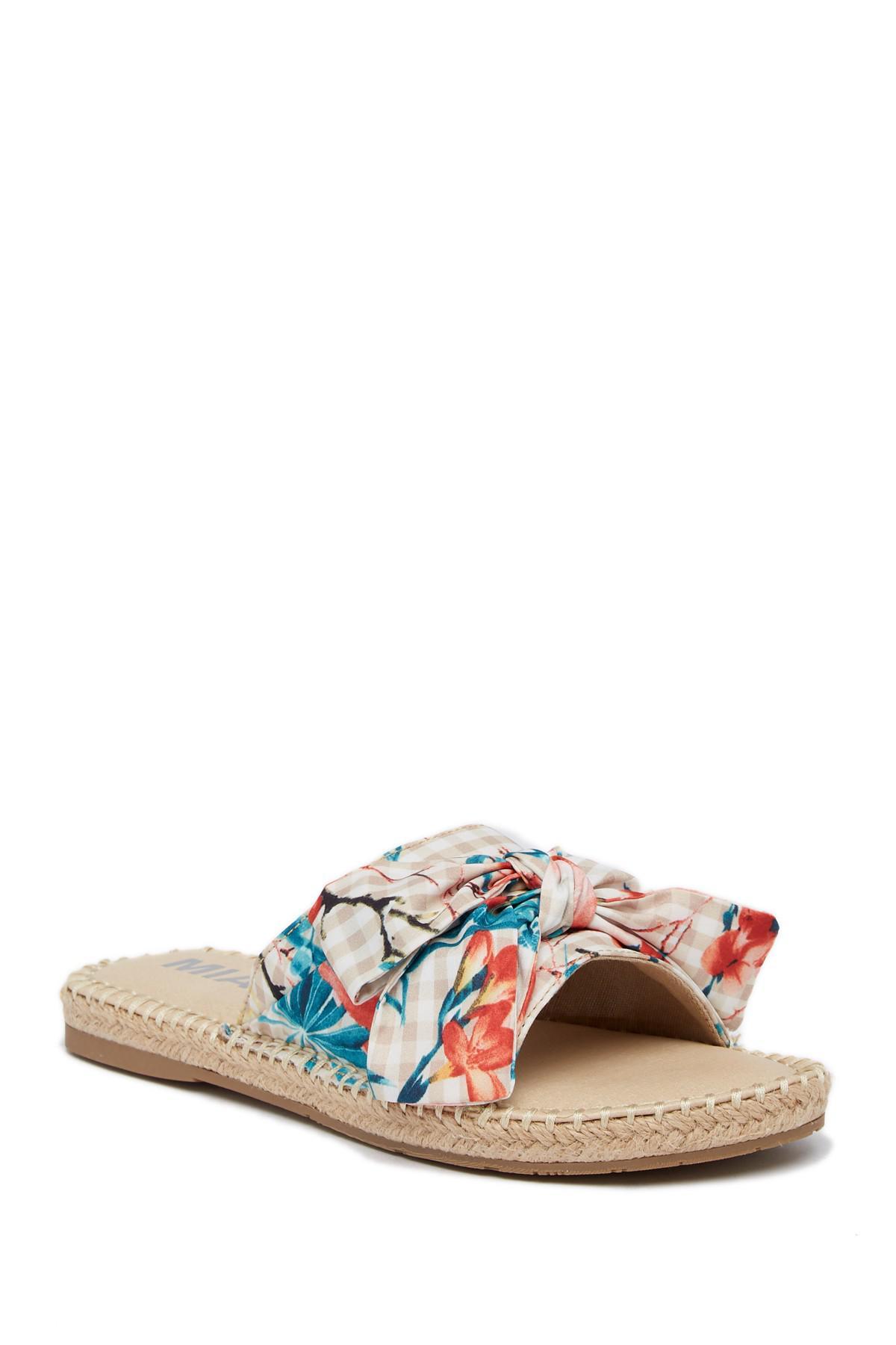MIA Brenda Printed Slide Sandal TkK0J