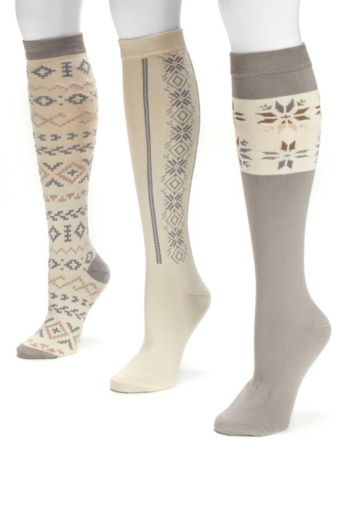 556dd2750f1 Gallery. Previously sold at  Nordstrom Rack · Women s Knee High Socks ...