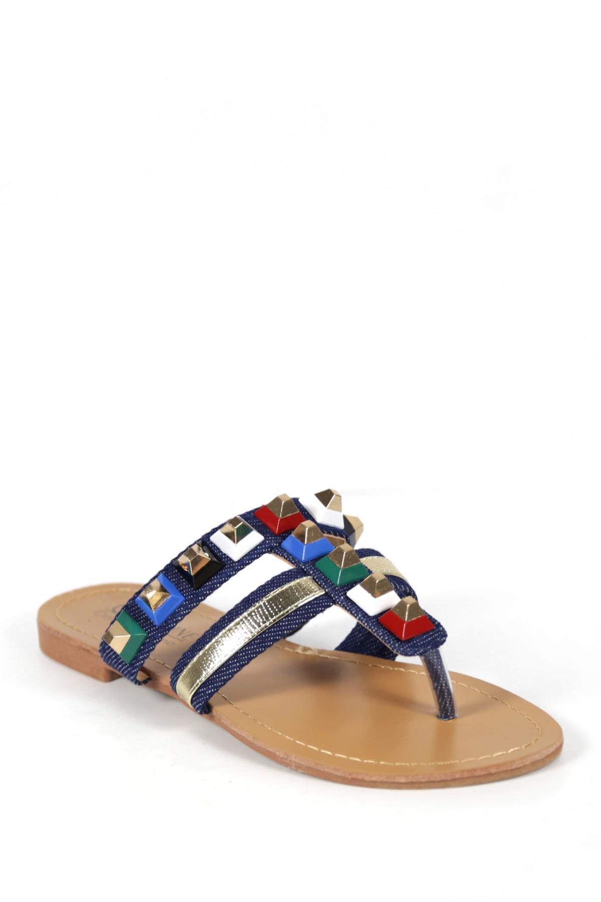 Catherine Catherine Malandrino Pyramis Studded Thong Sandal 6VpvRJf